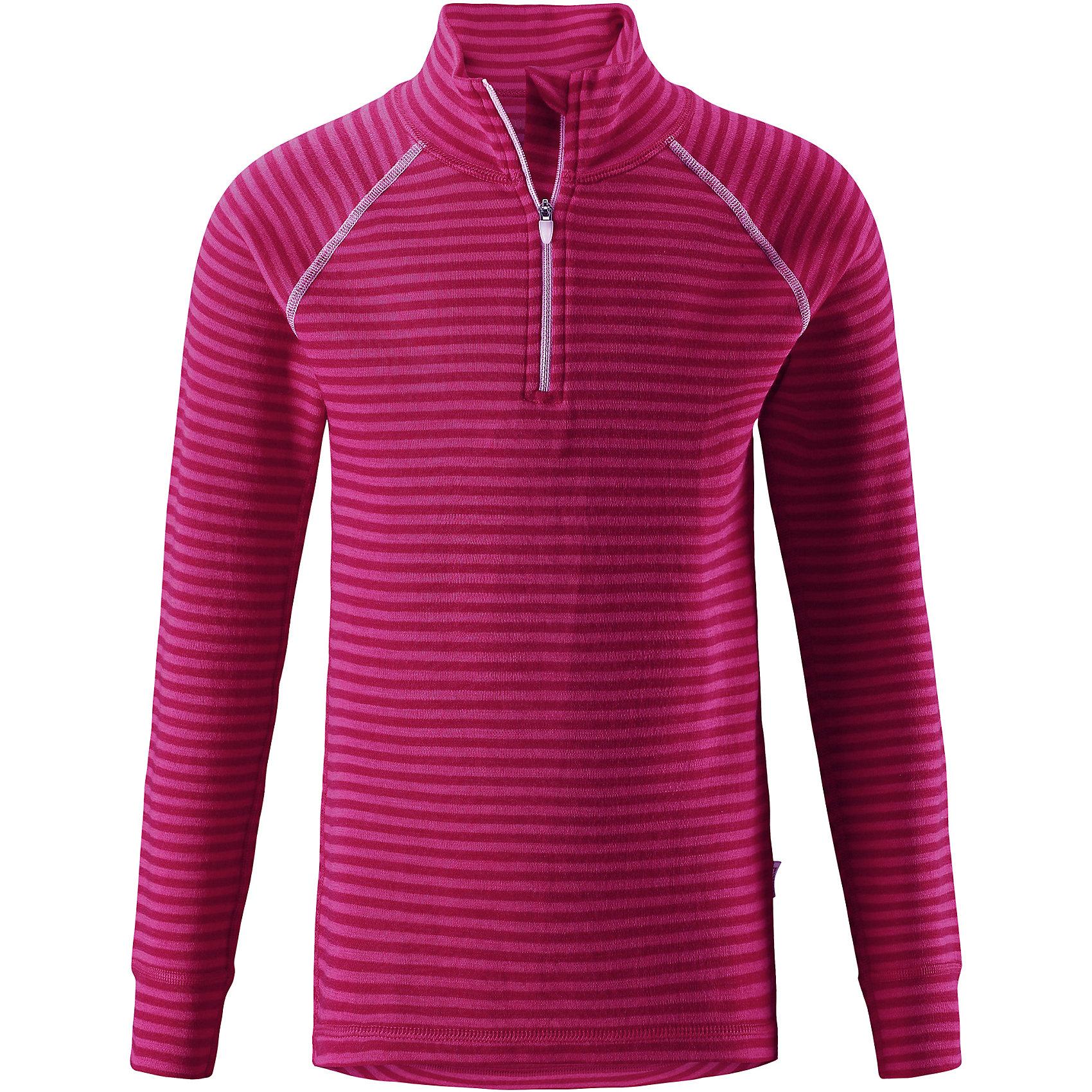 Футболка с длинным рукавом Reima TavastФлис и термобелье<br>Характеристики товара:<br><br>• цвет: розовый;<br>• состав: 80% шерсть, 20% полиамид;<br>• сезон: демисезон;<br>• специальный материал обеспечивает комфорт;<br>• шерсть идеально поддерживает температуру;<br>• мягкие плоские швы для дополнительного комфорта: не раздражают кожу;<br>• удлиненный подол сзади для дополнительной защиты;<br>• молния спереди;<br>• страна бренда: Финляндия;<br>• страна изготовитель: Китай;<br><br>Футболка для детей и подростков сшита из эластичного и дышащего материала. Мягкая хлопковая поверхность с влагоотводящей изнаночной стороной. Эта футболка очень приятная на ощупь и удобная благодаря мягким плоским швам, которые не натирают кожу. Удлиненная спинка для дополнительной защиты поясницы. Застежка на молнии спереди облегчает надевание. Декоративный вязаный узор и контрастная цветная строчка.<br><br>Футболку с длинным рукавом Tavast Reima (Рейма) можно купить в нашем интернет-магазине.<br><br>Ширина мм: 230<br>Глубина мм: 40<br>Высота мм: 220<br>Вес г: 250<br>Цвет: розовый<br>Возраст от месяцев: 84<br>Возраст до месяцев: 96<br>Пол: Унисекс<br>Возраст: Детский<br>Размер: 160,80,90,100,110,120,130,140,150<br>SKU: 6904430