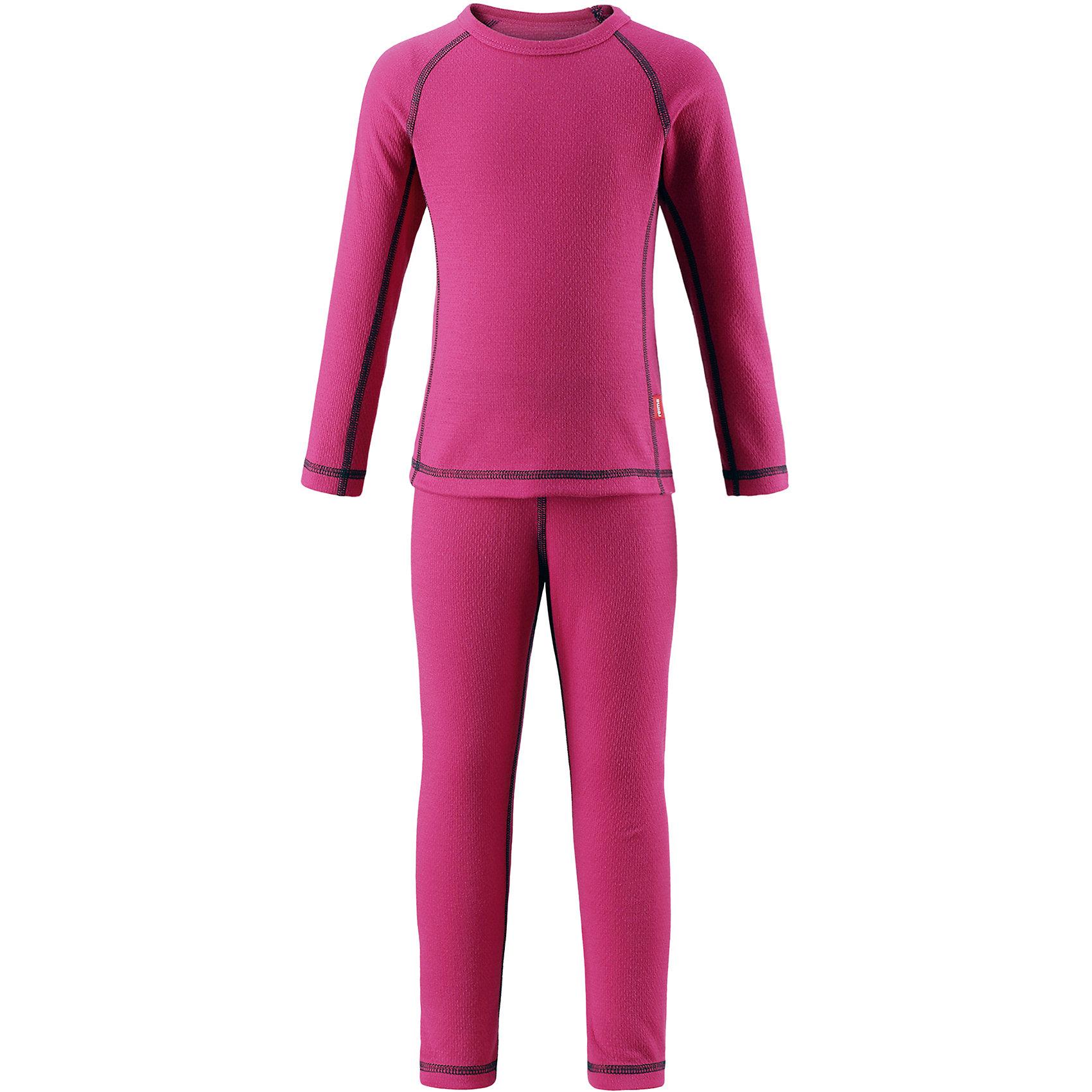 Комплект нижнего белья Reima LaniФлис и термобелье<br>Характеристики товара:<br><br>• цвет: розовый;<br>• состав: 43% полиэстер termolite, 53% полиэстер, 4% полиэстер sorona; <br>• сезон: демисезон;<br>• теплый материал Thermolite® отводит влагу и сохраняет кожу сухой и приятной, создавая чувство комфорта;<br>• мягкие плоские швы для дополнительного комфорта: не раздражают кожу;<br>• эластичная талия;<br>• удлиненный подол сзади;<br>• страна бренда: Финляндия;<br>• страна изготовитель: Китай;<br><br>Благодаря практичному детскому базовому комплекту, Ваш ребенок может гулять и заниматься спортом в любую погоду. В этом комплекте ребенку будет сухо и тепло, ведь материал Thermolite®, из которого он сшит, эффективно отводит влагу от кожи в верхний слой одежды. Комплект очень удобный и приятный на ощупь, а тонкие плоские швы в замок не натирают кожу. Удлиненная спинка хорошо закрывает и дополнительно защищает поясницу, а лёгкая эластичная резинка на манжетах удобно облегает запястья. <br><br>Комплект нижнего белья Lani Reima (Рейма) можно купить в нашем интернет-магазине.<br><br>Ширина мм: 196<br>Глубина мм: 10<br>Высота мм: 154<br>Вес г: 152<br>Цвет: розовый<br>Возраст от месяцев: 84<br>Возраст до месяцев: 96<br>Пол: Унисекс<br>Возраст: Детский<br>Размер: 160,80,90,100,110,120,130,140,150<br>SKU: 6904530