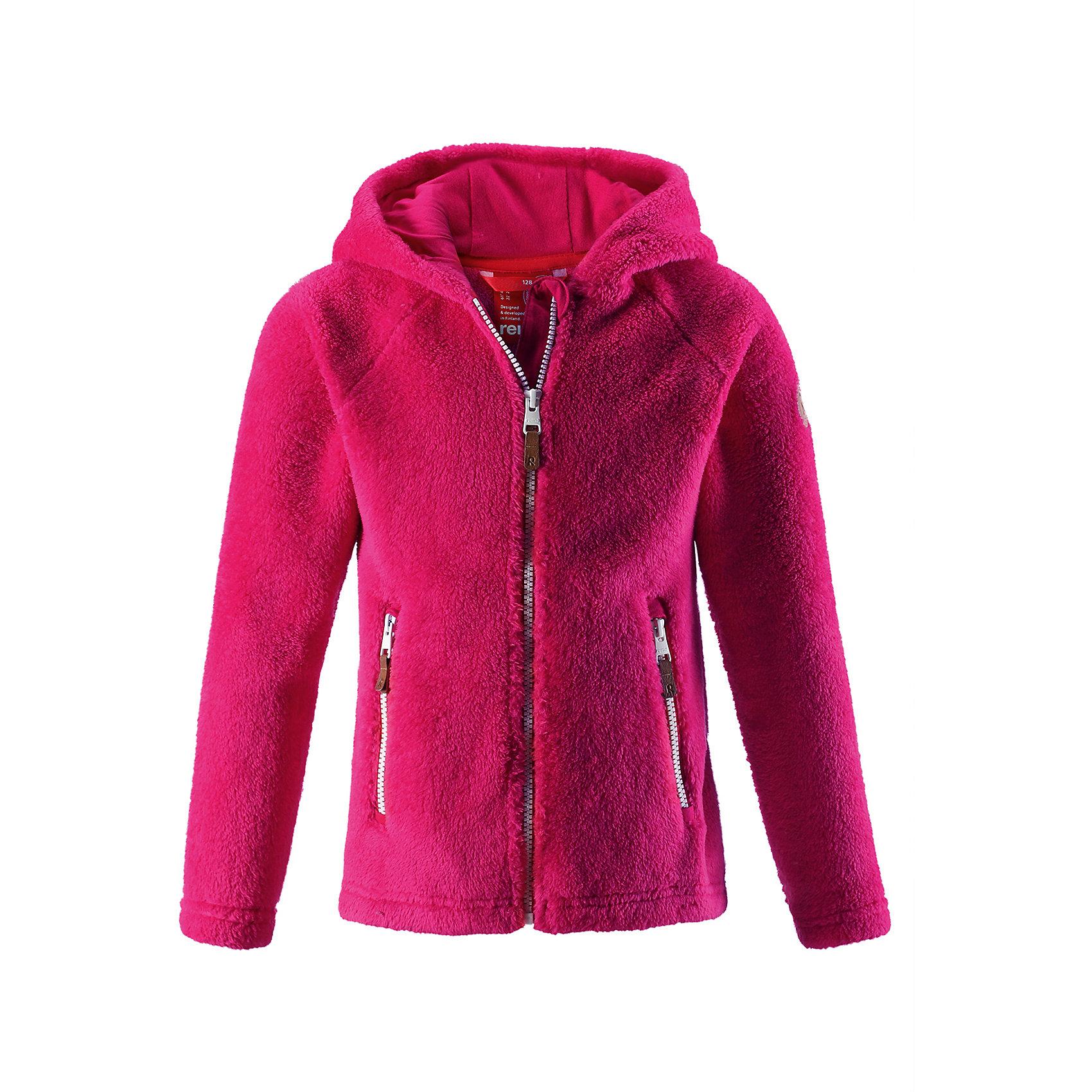 Флисовая кофта Reima Vilja для девочкиТолстовки<br>Характеристики товара:<br><br>• цвет: розовый;<br>• состав: 100% полиэстер, флис; <br>• сезон: демисезон;<br>• выводит влагу в верхние слои одежды;<br>• мягкий и удобный пушистый флис;<br>• регулируемый капюшон;<br>• резинка на талии и манжетах;<br>• молния по всей длине с защитой подбородка;<br>• два кармана на молнии;<br>• страна бренда: Финляндия;<br>• страна изготовитель: Китай;<br><br>Эта кофта для детей и подростков сшита из необыкновенно мягкого и пушистого флиса. Для пошива использован дышащий, эластичный и быстросохнущий материал с влагоотводящими свойствами. Облегающий капюшон и молния во всю длину со вставкой для защиты подбородка. Все ценные сокровища будут надежно спрятаны в двух карманах на молнии. Невероятно удобная и универсальная кофта, которую можно носить круглый год. <br><br>Флисовую кофту Reima Vilja для девочки (Рейма) можно купить в нашем интернет-магазине.<br><br>Ширина мм: 190<br>Глубина мм: 74<br>Высота мм: 229<br>Вес г: 236<br>Цвет: розовый<br>Возраст от месяцев: 156<br>Возраст до месяцев: 168<br>Пол: Женский<br>Возраст: Детский<br>Размер: 164,158,104,110,116,122,128,134,140,146,152<br>SKU: 6904654