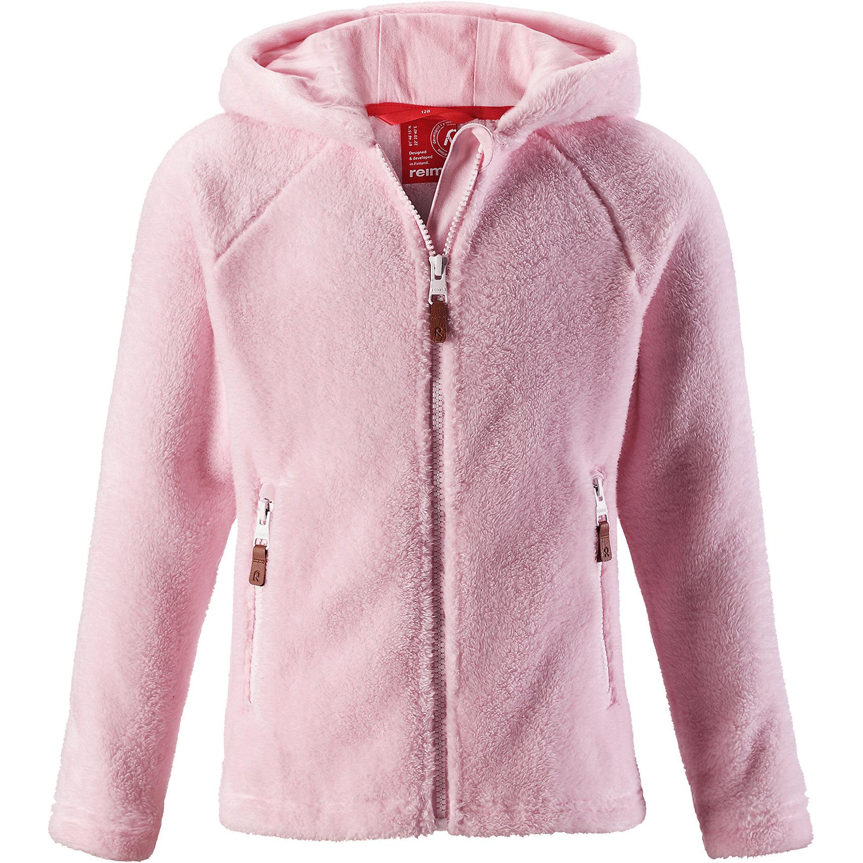 Флисовая кофта Reima Vilja для девочкиТолстовки<br>Характеристики товара:<br><br>• цвет: светло-розовый;<br>• состав: 100% полиэстер, флис; <br>• сезон: демисезон;<br>• выводит влагу в верхние слои одежды;<br>• мягкий и удобный пушистый флис;<br>• регулируемый капюшон;<br>• резинка на талии и манжетах;<br>• молния по всей длине с защитой подбородка;<br>• два кармана на молнии;<br>• страна бренда: Финляндия;<br>• страна изготовитель: Китай;<br><br>Эта кофта для детей и подростков сшита из необыкновенно мягкого и пушистого флиса. Для пошива использован дышащий, эластичный и быстросохнущий материал с влагоотводящими свойствами. Облегающий капюшон и молния во всю длину со вставкой для защиты подбородка. Все ценные сокровища будут надежно спрятаны в двух карманах на молнии. Невероятно удобная и универсальная кофта, которую можно носить круглый год. <br><br>Флисовую кофту Reima Vilja для девочки (Рейма) можно купить в нашем интернет-магазине.<br><br>Ширина мм: 190<br>Глубина мм: 74<br>Высота мм: 229<br>Вес г: 236<br>Цвет: розовый<br>Возраст от месяцев: 156<br>Возраст до месяцев: 168<br>Пол: Женский<br>Возраст: Детский<br>Размер: 164,104,110,116,122,128,134,140,146,152,158<br>SKU: 6904666