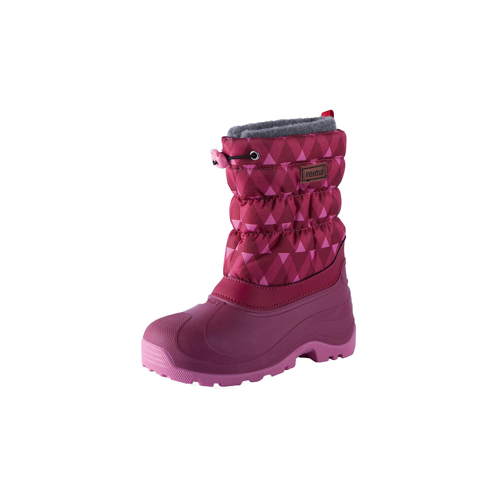 Ботинки Reima IvaloДемисезонные<br>Характеристики товара:<br><br>• цвет: розовый;<br>• внешний материал: полиэстер, полиуретан;<br>• внутренний материал: искусственный мех;<br>• стелька: искусственный мех;<br>• подошва: полиуретан, термопластичная резина;<br>• сезон: зима;<br>• температурный режим: от 0 до -25С;<br>• водоотталкивающая зимняя обувь с водонепроницаемыми галошами;<br>• легкая утепленная галоша из полиуретана;<br>• подошва из термопластичной резины;<br>• подкладка из искусственного меха;<br>• съемный внутренний сапожок;<br>• легко надеваются на ноги;<br>• шнурок-утяжка со стопером по верху сапог;<br>• легкие и водонепроницаемые литые галоши;<br>• алюминиевая стелька для улучшения теплоизоляции;<br>• светоотражающие элементы;<br>• страна бренда: Финляндия;<br>• страна производства: Италия.<br><br>Водоотталкивающие, теплые высококачественные зимние ботинки. Сноубутсы отлично подходят для игр в снегу, а еще они пригодятся а дождь и слякоть – галоша сделана из абсолютно непромокаемой и прочной термопластичной резины. Эти ботинки быстро и легко надеваются, а благодаря регулируемой защите от снега на голенище, станут надежным барьером от снега. <br><br>Подошва изготовлена из термопластичной резины, которая обеспечивает хорошее сцепление на любой поверхности. Дышащая и теплая подкладка из искусственного меха отлично согревает ноги, а алюминиевая внутренняя подошва обеспечивает дополнительную теплоизоляцию. Практичный съемный носок пригоден для машинной стирки.<br><br>Ботинки Ivalo Reima (Рейма) можно купить в нашем интернет-магазине.<br><br>Ширина мм: 262<br>Глубина мм: 176<br>Высота мм: 97<br>Вес г: 427<br>Цвет: розовый<br>Возраст от месяцев: 60<br>Возраст до месяцев: 72<br>Пол: Унисекс<br>Возраст: Детский<br>Размер: 32/33,20/21,34/35,22/23,24/25,26/27,28/29,36/37,30/31<br>SKU: 6905028