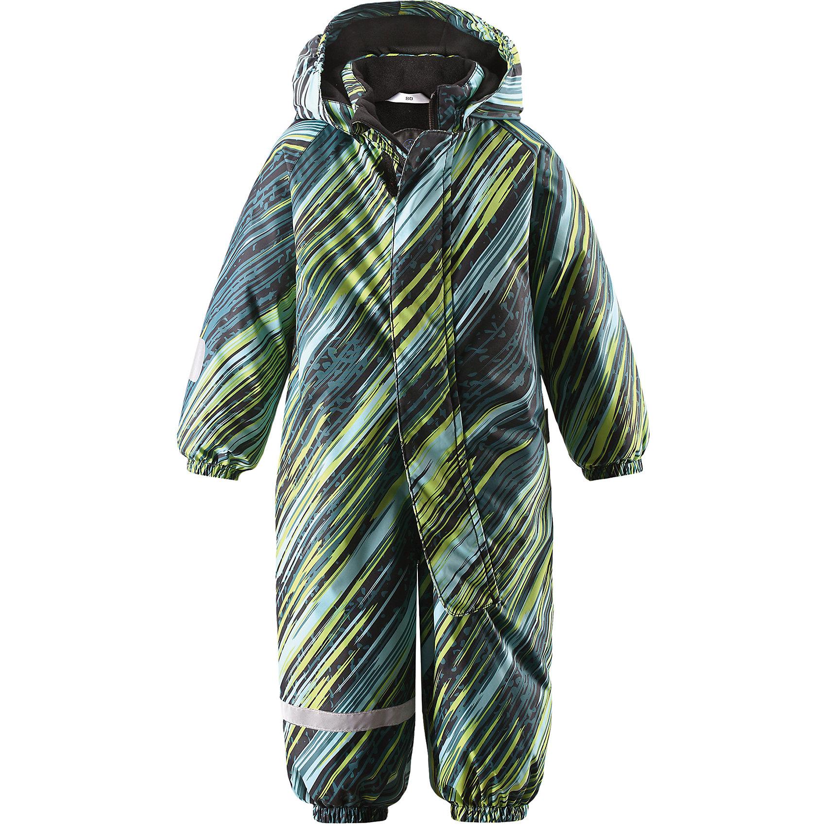 Комбинезон Lassietec LassieВерхняя одежда<br>Характеристики товара:<br><br>• цвет: зеленый;<br>• состав: 100% полиэстер, полиуретановое покрытие;<br>• подкладка: 100% полиэстер;<br>• утеплитель: 180 г/м2;<br>• сезон: зима;<br>• температурный режим: от 0 до -20С;<br>• водонепроницаемость: 5000 мм;<br>• воздухопроницаемость: 5000 мм;<br>• износостойкость: 20000 циклов (тест Мартиндейла)<br>• застежка: молния с защитой подбородка;<br>• водо- и ветронепроницаемый, дышащий и грязеотталкивающий материал;<br>• внешние швы проклеены;<br>• гладкая подкладка из полиэстера;<br>• безопасный съемный капюшон на кнопках; <br>• эластичная талия и манжеты рукавов;<br>• эластичные штанины;<br>• съемные эластичные штрипки;<br>• светоотражающие детали;<br>• страна бренда: Финляндия;<br>• страна изготовитель: Китай;<br><br>Этот стильный зимний комбинезон для малышей изготовлен из сверхпрочного и водонепроницаемого материала. Идеальный выбор для активных детей, которые любят играть на улице – и не важно, какая погода! Все внешние швы проклеены, так что малышу будет тепло и сухо. Съемный капюшон безопасен и практичен во время игр на свежем воздухе. Длинная молния спереди облегчает надевание, а в удобные карманы войдут все найденные за день сокровища. Благодаря съемным штрипкам концы брючин не задираются во время игры.<br><br>Комбинезон Lassietec Lassie (Ласси) можно купить в нашем интернет-магазине.<br><br>Ширина мм: 356<br>Глубина мм: 10<br>Высота мм: 245<br>Вес г: 519<br>Цвет: зеленый<br>Возраст от месяцев: 24<br>Возраст до месяцев: 36<br>Пол: Унисекс<br>Возраст: Детский<br>Размер: 98,74,80,86,92<br>SKU: 6905322