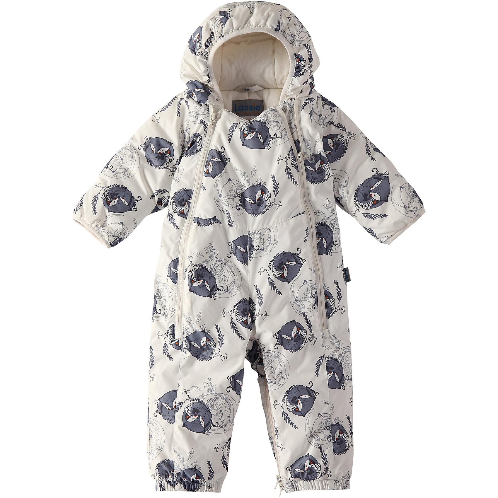 Комбинезон LassieВерхняя одежда<br>Зима пришла! Этот прелестный зимний комбинезон для новорожденных и малышей – идеальное решение для холодных зимних деньков! Он легко превращается в конверт. Красивая мягкая внутренняя подкладка из смеси хлопка и эластана приятна к телу и обеспечивает дополнительное утепление, а длинные молнии спереди облегчают надевание. Полезные детали: съемные штрипки, благодаря которым брючины не будут задираться, и безопасный съемный капюшон.<br>Состав:<br>100% Полиэстер<br><br>Ширина мм: 356<br>Глубина мм: 10<br>Высота мм: 245<br>Вес г: 519<br>Цвет: белый<br>Возраст от месяцев: 12<br>Возраст до месяцев: 15<br>Пол: Унисекс<br>Возраст: Детский<br>Размер: 80,62,68,74<br>SKU: 6905328