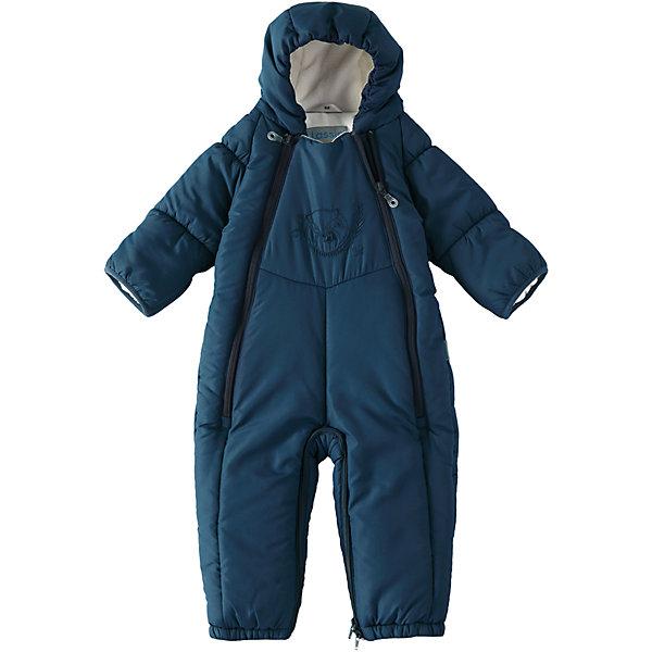 Комбинезон-трансформер LassieВерхняя одежда<br>Характеристики товара:<br><br>• цвет: синий;<br>• состав: 100% полиэстер, полиуретановое покрытие;<br>• подкладка: 100% хлопок, джерси;<br>• утеплитель: 200 г/м2;<br>• сезон: зима;<br>• температурный режим: от 0 до -20С;<br>• водонепроницаемость: 1000 мм;<br>• воздухопроницаемость: 2000 мм;<br>• износостойкость: 15000 циклов (тест Мартиндейла)<br>• застежка: молния с защитой подбородка;<br>• водоотталкивающий, ветронепроницаемый и дышащий материал;<br>• превращается в спальный мешок;<br>• гладкая, приятная на ощупь подкладка из джерси (хлопок);<br>• эластичные манжеты; <br>• рукава с подгибом;<br>• эластичные штанины;<br>• съемные эластичные штрипки;<br>• светоотражающие детали;<br>• страна бренда: Финляндия;<br>• страна изготовитель: Китай;<br><br>Этот прелестный зимний комбинезон для новорожденных и малышей – идеальное решение для холодных зимних деньков! Он легко превращается в конверт.Комбинезон изготовлен из водоотталкивающего и ветронепроницаемого материала. Красивая мягкая внутренняя подкладка из смеси хлопка приятна к телу и обеспечивает дополнительное утепление, а длинные молнии спереди облегчают надевание. Полезные детали: съемные штрипки, благодаря которым брючины не будут подскакивать, и безопасный съемный капюшон.<br><br>Комбинезон Lassie (Ласси) можно купить в нашем интернет-магазине.<br><br>Ширина мм: 356<br>Глубина мм: 10<br>Высота мм: 245<br>Вес г: 519<br>Цвет: синий<br>Возраст от месяцев: 2<br>Возраст до месяцев: 3<br>Пол: Мужской<br>Возраст: Детский<br>Размер: 62,80,74,68<br>SKU: 6905353