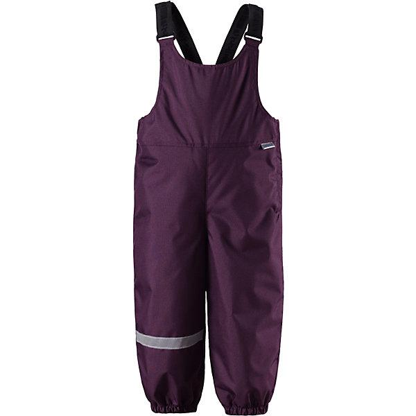 Полукомбинезон LassieВерхняя одежда<br>Характеристики товара:<br><br>• цвет: фиолетовый;<br>• состав: 100% полиэстер, полиуретановое покрытие;<br>• подкладка: 100% полиэстер;<br>• утеплитель: 140 г/м2;<br>• сезон: зима;<br>• температурный режим: от 0 до -20С;<br>• водонепроницаемость: 1000 мм;<br>• воздухопроницаемость: 2000 мм;<br>• износостойкость: 20000 циклов (тест Мартиндейла)<br>• застежка: молния сбоку;<br>• водоотталкивающий, ветронепроницаемый и дышащий материал;<br>• задний серединный шов проклеен;<br>• гладкая подкладка из полиэстера;<br>• эластичные штанины;<br>• регулируемые эластичные подтяжки;<br>• светоотражающие детали;<br>• страна бренда: Финляндия;<br>• страна изготовитель: Китай;<br><br>Теплые зимние брюки для малышей с регулируемыми подтяжками и съемными штрипками очень удобно сидят. Молния сбоку облегчает надевание, а флисовая подкладка на седалище обеспечивает дополнительное утепление. <br><br>Брюки Lassie (Ласси) можно купить в нашем интернет-магазине.<br>Ширина мм: 215; Глубина мм: 88; Высота мм: 191; Вес г: 336; Цвет: лиловый; Возраст от месяцев: 6; Возраст до месяцев: 9; Пол: Женский; Возраст: Детский; Размер: 92,86,80,74,98; SKU: 6905388;