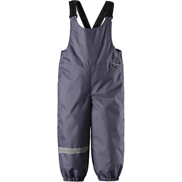 Полукомбинезон LassieВерхняя одежда<br>Характеристики товара:<br><br>• цвет: серый;<br>• состав: 100% полиэстер, полиуретановое покрытие;<br>• подкладка: 100% полиэстер;<br>• утеплитель: 140 г/м2;<br>• сезон: зима;<br>• температурный режим: от 0 до -20С;<br>• водонепроницаемость: 1000 мм;<br>• воздухопроницаемость: 2000 мм;<br>• износостойкость: 20000 циклов (тест Мартиндейла)<br>• застежка: молния сбоку;<br>• водоотталкивающий, ветронепроницаемый и дышащий материал;<br>• задний серединный шов проклеен;<br>• гладкая подкладка из полиэстера;<br>• эластичные штанины;<br>• регулируемые эластичные подтяжки;<br>• светоотражающие детали;<br>• страна бренда: Финляндия;<br>• страна изготовитель: Китай;<br><br>Теплые зимние брюки для малышей с регулируемыми подтяжками и съемными штрипками очень удобно сидят. Молния сбоку облегчает надевание, а флисовая подкладка на седалище обеспечивает дополнительное утепление. <br><br>Брюки Lassie (Ласси) можно купить в нашем интернет-магазине.<br>Ширина мм: 215; Глубина мм: 88; Высота мм: 191; Вес г: 336; Цвет: серый; Возраст от месяцев: 6; Возраст до месяцев: 9; Пол: Унисекс; Возраст: Детский; Размер: 74,92,86,80,98; SKU: 6905400;