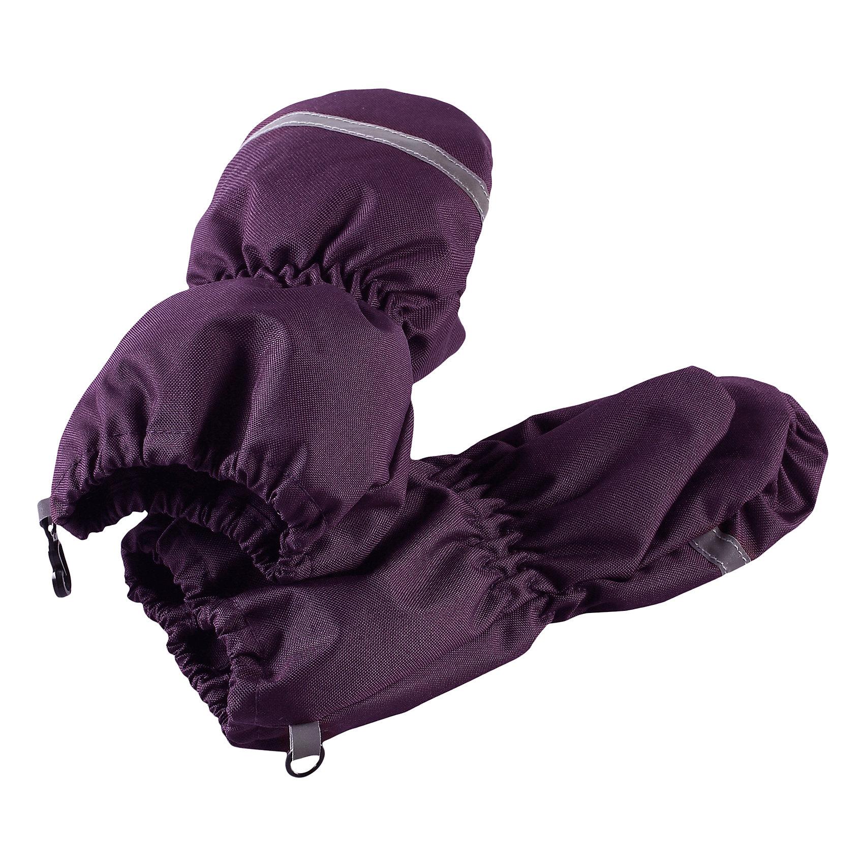 Варежки LassieПерчатки, варежки<br>Классические зимние варежки для малышей согреют пальчики во время зимних прогулок. Они изготовлены из невероятно прочного, ветронепроницаемого и дышащего материала с верхним водо- и грязеотталкивающим слоем. Подкладка из трикотажа с начесом очень приятна на ощупь.<br>Состав:<br>100% Полиэстер<br><br>Ширина мм: 162<br>Глубина мм: 171<br>Высота мм: 55<br>Вес г: 119<br>Цвет: лиловый<br>Возраст от месяцев: 12<br>Возраст до месяцев: 24<br>Пол: Унисекс<br>Возраст: Детский<br>Размер: 2,0,1<br>SKU: 6905502