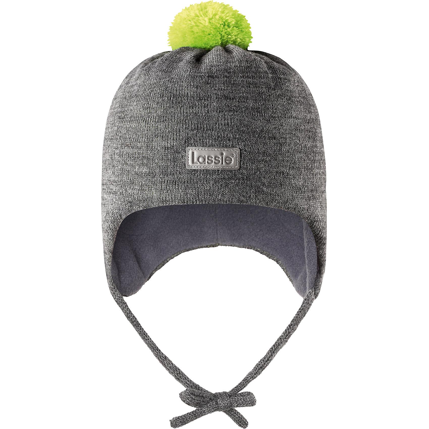 Шапка LassieШапки и шарфы<br>Характеристики товара:<br><br>• цвет: серый;<br>• состав: 50% шерсть, 50% полиакрил; <br>• подкладка: 100% полиэстер, флис;<br>• сезон: зима;<br>• без дополнительного утепления;<br>• температурный режим: от 0 до -20С;<br>• мягкая и теплая ткань из смеси шерсти;<br>• ветронепроницаемые вставки в области ушей;<br>• сплошная подкладка: мягкий теплый флис;<br>• шапка на завязках, с помпоном сверху;<br>• светоотражающие детали;<br>• страна бренда: Финляндия;<br>• страна изготовитель: Китай;<br><br>Эта стильная шапка для малышей с помпонами контрастного цвета и рисунком оживит зимние наряды! Ветронепроницаемые вставки в области ушей защищают нежные детские ушки во время игр на свежем воздухе. Шапка связана из теплой полушерстяной пряжи.<br><br>Шапку Lassie (Ласси) можно купить в нашем интернет-магазине.<br><br>Ширина мм: 89<br>Глубина мм: 117<br>Высота мм: 44<br>Вес г: 155<br>Цвет: серый<br>Возраст от месяцев: 36<br>Возраст до месяцев: 72<br>Пол: Унисекс<br>Возраст: Детский<br>Размер: 50-52,42-44,44-46,46-48<br>SKU: 6905610