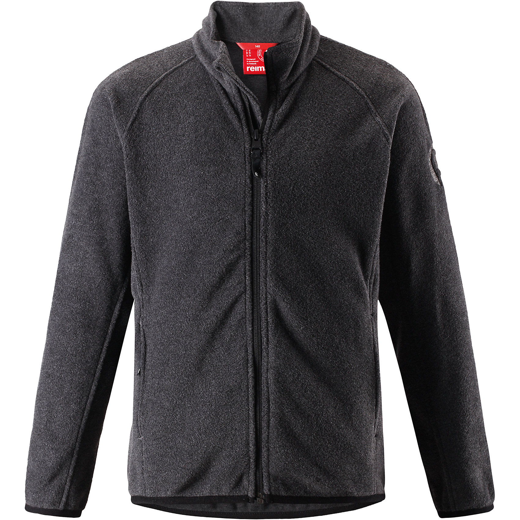 Свитер Reima Riddle для мальчикаФлис и термобелье<br>Характеристики товара:<br><br>• цвет: черный;<br>• состав: 100% полиэстер; <br>• сезон: демисезон;<br>• выводит влагу в верхние слои одежды;<br>• теплый, легкий и быстросохнущий флис;<br>• эластичные манжеты и подол;<br>• молния по всей длине с защитой подбородка;<br>• два кармана на молнии;<br>• страна бренда: Финляндия;<br>• страна изготовитель: Китай;<br><br>Эта детская флисовая куртка сшита из необыкновенно легкого и теплого микрофлиса. Материал идеально подходит для зимних активных забав, поскольку эффективно выводит влагу от кожи в верхние слои одежды и быстро сохнет. Дышащий материал не парит, сколько ни бегай. Защита для подбородка на молнии обеспечивает дополнительный комфорт и не дает поцарапаться об зубчики. Куртка украшена горячим тиснением и снабжена двумя карманами на молнии, а также эластичным подолом и манжетами.<br><br>Флисовую кофту Reima Riddle для мальчика (Рейма) можно купить в нашем интернет-магазине.<br><br>Ширина мм: 190<br>Глубина мм: 74<br>Высота мм: 229<br>Вес г: 236<br>Цвет: серый<br>Возраст от месяцев: 48<br>Возраст до месяцев: 60<br>Пол: Мужской<br>Возраст: Детский<br>Размер: 110,104,164,158,152,146,140,134,128,122,116<br>SKU: 6906341
