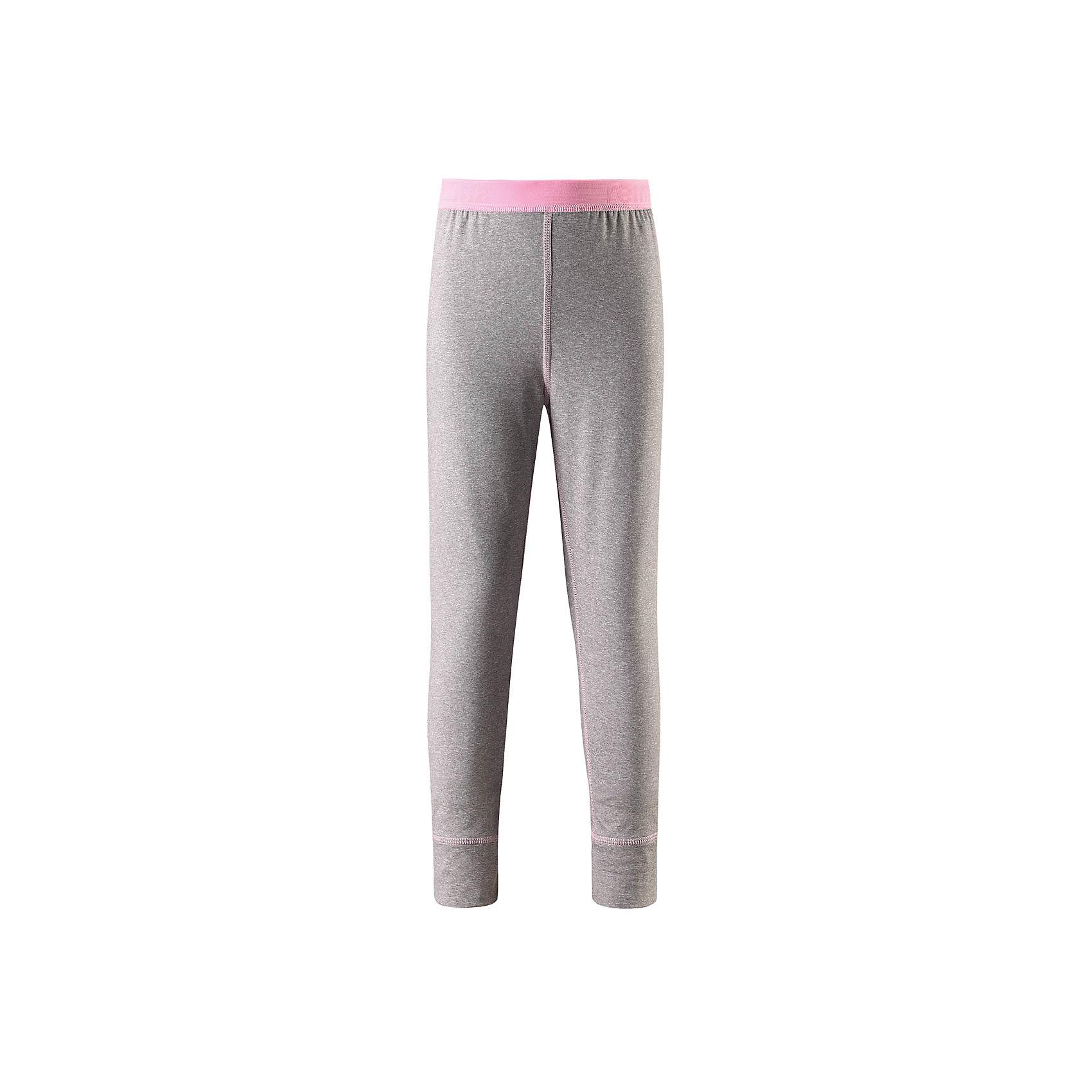 Брюки Reima FilzФлис и термобелье<br>Характеристики товара:<br><br>• цвет: серый/розовый;<br>• состав: 92% полиэстер, 8% эластан; <br>• сезон: демисезон;<br>• мягкая ткань с начесом, приятная на ощупь;<br>• гладкая передняя часть;<br>• выводит влагу в верхние слои одежды;<br>• мягкие плоские швы для дополнительного комфорта: не раздражают кожу;<br>• эластичная талия;<br>• страна бренда: Финляндия;<br>• страна изготовитель: Китай;<br><br>Удобные стрейчевые леггинсы для подростков изготовлены из мягкого эластичного меланжевого джерси с гладкой поверхностью. Изнаночная сторона с начесом очень удобная и приятная на ощупь, а плоские швы не натирают кожу. Дышащий материал эффективно выводит влагу в верхние слои одежды и быстро сохнет. Материал имеет УФ-защиту 50+. Эти леггинсы станут отличным выбором для активных прогулок.<br><br>Брюки Filz Reima (Рейма) можно купить в нашем интернет-магазине.<br><br>Ширина мм: 215<br>Глубина мм: 88<br>Высота мм: 191<br>Вес г: 336<br>Цвет: серый<br>Возраст от месяцев: 36<br>Возраст до месяцев: 48<br>Пол: Унисекс<br>Возраст: Детский<br>Размер: 104,164,158,152,146,140,134,128,122,116,110<br>SKU: 6906401