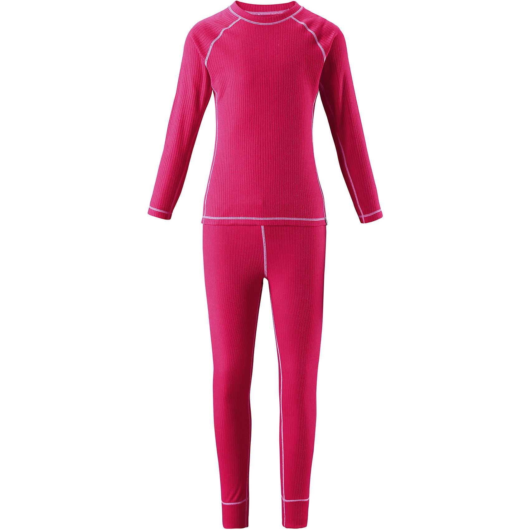 Комплект термобелья Reima CepheusФлис и термобелье<br>Характеристики товара:<br><br>• цвет: розовый;<br>• состав: 100% полиэстер; <br>• сезон: демисезон;<br>• выводит влагу наружу;<br>• специальный материал обеспечивает дополнительный комфорт;<br>• удлиненный подол сзади для дополнительной защиты;<br>• мягкие плоские швы для дополнительного комфорта: не раздражают кожу;<br>• швы контрастного цвета;<br>• страна бренда: Финляндия;<br>• страна изготовитель: Китай;<br><br>Детский базовый комплект станет отличным выбором для любителей активного отдыха на свежем воздухе: материал эффективно выводит влагу в верхние слои одежды и быстро сохнет. Комплект очень приятный на ощупь, он просто создан для веселых прогулок – в нем ребенок не замерзнет и не вспотеет! Футболка с удлиненной спинкой обеспечивает дополнительную защиту для поясницы, а мягкие и плоские швы не натирают кожу. <br><br>Комплект термобелья Reima Cepheus (Рейма) можно купить в нашем интернет-магазине.<br><br>Ширина мм: 196<br>Глубина мм: 10<br>Высота мм: 154<br>Вес г: 152<br>Цвет: розовый<br>Возраст от месяцев: 96<br>Возраст до месяцев: 108<br>Пол: Унисекс<br>Возраст: Детский<br>Размер: 170,100,110,120,130,140,150,160<br>SKU: 6906425