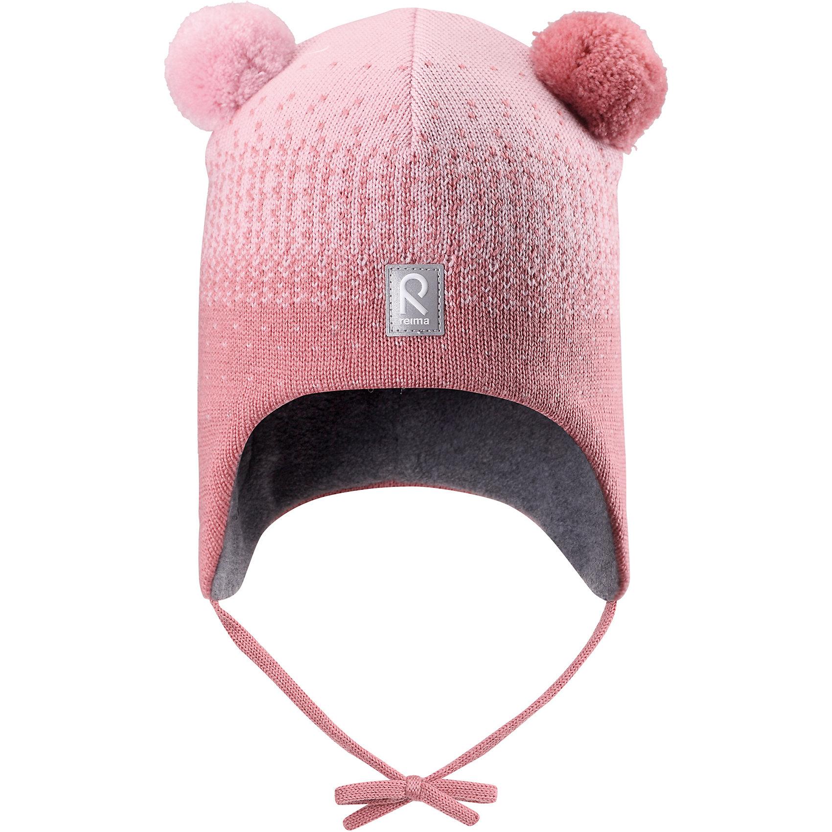 Шапка Reima SammalШапочки<br>Характеристики товара:<br><br>• цвет: розовый;<br>• состав: 100% шерсть;<br>• подкладка: 97% хлопок, 3% эластан;<br>• температурный режим: от 0 до -20С;<br>• сезон: зима; <br>• особенности модели: вязаная, шерстяная;<br>• мягкая ткань из мериносовой шерсти для поддержания идеальной температуры;<br>• ветронепроницаемые вставки в области ушей;<br>• сплошная подкладка: гладкий хлопковый трикотаж;<br>• шапка на завязках, сверху два милых помпона;<br>• логотип Reima спереди;<br>• страна бренда: Финляндия;<br>• страна изготовитель: Китай.<br><br>Шерстяная шапка для малышей в восхитительных расцветках надежно согреет в холодный зимний день! Эта шапка для малышей из мериносовой шерсти подарит уют в морозную погоду: мягкая хлопковая подкладка обеспечит ребенку тепло и комфорт. За счет эластичной вязки шапка отлично сидит, а ветронепроницаемые вставки в области ушей защищают ушки от холодного ветра. Благодаря завязкам, эта стильная шапка не съезжает и хорошо защищает голову. Симпатичные помпоны на макушке довершает образ!<br><br>Шапку Sammal Reima от финского бренда Reima (Рейма) можно купить в нашем интернет-магазине.<br><br>Ширина мм: 89<br>Глубина мм: 117<br>Высота мм: 44<br>Вес г: 155<br>Цвет: розовый<br>Возраст от месяцев: 60<br>Возраст до месяцев: 72<br>Пол: Унисекс<br>Возраст: Детский<br>Размер: 52,46,48,50<br>SKU: 6907096
