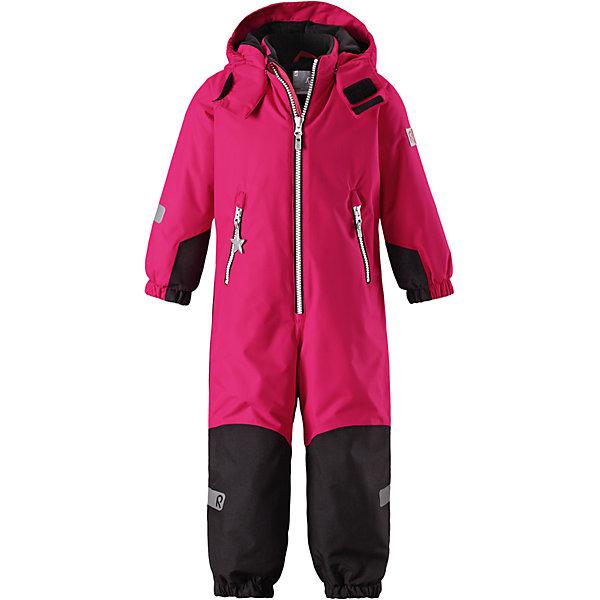 Комбинезон Reimatec® Reima Finn для девочкиОдежда<br>Характеристики товара:<br><br>• цвет: розовый;<br>• состав: 100% полиэстер;<br>• подкладка: 100% полиэстер;<br>• утеплитель: 160 г/м2<br>• температурный режим: от 0 до -20С;<br>• сезон: зима; <br>• водонепроницаемость: 8000/10000 мм;<br>• воздухопроницаемость: 7000/5000 мм;<br>• износостойкость: 30000/50000 циклов (тест Мартиндейла);<br>• водо- и ветронепроницаемый, дышащий и грязеотталкивающий материал;<br>• все швы проклеены и водонепроницаемы;<br>• прочные усиленные вставки внизу, на коленях и снизу на ногах;<br>• гладкая подкладка из полиэстера;<br>• мягкая резинка на кромке капюшона и манжетах;<br>• застежка: молния с защитой подбородка;<br>• безопасный съемный капюшон на кнопках;<br>• внутренняя регулировка обхвата талии;<br>• прочные съемные силиконовые штрипки;<br>• два кармана на молнии;<br>• светоотражающие детали;<br>• страна бренда: Финляндия;<br>• страна изготовитель: Китай.<br><br>Зимний комбинезон Reimatec® Kiddo изготовлен из водо и ветронепроницаемого материала с водо и грязеотталкивающей поверхностью. Все швы проклеены, водонепроницаемы. В комбинезоне предусмотрены прочные усиления на задней части, коленях и концах брючин. В этом комбинезоне прямого кроя талия при необходимости легко регулируется, что позволяет подогнать его точно по фигуре. <br><br>Съемный капюшон защищает от пронизывающего ветра, а еще он безопасен во время игр на свежем воздухе. Кнопки легко отстегиваются, если капюшон случайно за что-нибудь зацепится. Силиконовые штрипки не дают концам брючин задираться, бегай сколько хочешь! Образ довершает мягкая резинка по краю капюшона и на манжетах, два кармана на молнии и светоотражающие детали.<br><br>Комбинезон Finn Reimatec® Reima от финского бренда Reima (Рейма) можно купить в нашем интернет-магазине.<br><br>Ширина мм: 356<br>Глубина мм: 10<br>Высота мм: 245<br>Вес г: 519<br>Цвет: розовый<br>Возраст от месяцев: 18<br>Возраст до месяцев: 24<br>Пол: Женский<br>Возраст: Детский<br>Разм