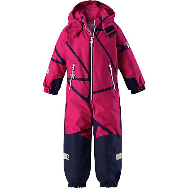 Комбинезон Reimatec® Reima Snowy для девочкиОдежда<br>Характеристики товара:<br><br>• цвет: розовый;<br>• состав: 100% полиэстер;<br>• подкладка: 100% полиэстер;<br>• утеплитель: 160 г/м2<br>• температурный режим: от 0 до -20С;<br>• сезон: зима; <br>• водонепроницаемость: 8000/10000 мм;<br>• воздухопроницаемость: 7000/5000 мм;<br>• износостойкость: 30000/50000 циклов (тест Мартиндейла);<br>• водо- и ветронепроницаемый, дышащий и грязеотталкивающий материал;<br>• все швы проклеены и водонепроницаемы;<br>• прочные усиленные вставки внизу, на коленях и снизу на ногах;<br>• гладкая подкладка из полиэстера;<br>• мягкая резинка на кромке капюшона и манжетах;<br>• застежка: молния с защитой подбородка;<br>• безопасный съемный капюшон на кнопках;<br>• внутренняя регулировка обхвата талии;<br>• прочные съемные силиконовые штрипки;<br>• два кармана на молнии;<br>• светоотражающие детали;<br>• страна бренда: Финляндия;<br>• страна изготовитель: Китай.<br><br>Зимний комбинезон на молнии изготовлен из водо и ветронепроницаемого материала с водо и грязеотталкивающей поверхностью. Все швы проклеены, водонепроницаемы. Комбинезон снабжен прочными усилениями на задней части, коленях и концах брючин. В этом комбинезоне прямого кроя талия при необходимости легко регулируется, что позволяет подогнать комбинезон точно по фигуре. <br><br>Съемный капюшон защищает от пронизывающего ветра, а еще он безопасен во время игр на свежем воздухе. Кнопки легко отстегиваются, если капюшон случайно за что-нибудь зацепится. Силиконовые штрипки не дают концам брючин задираться, бегай сколько хочешь! Образ довершают мягкая резинка по краю капюшона и на манжетах, два кармана на молнии и светоотражающие детали. <br><br>Комбинезон Snowy Reimatec® Reima от финского бренда Reima (Рейма) можно купить в нашем интернет-магазине.<br>Ширина мм: 356; Глубина мм: 10; Высота мм: 245; Вес г: 519; Цвет: розовый; Возраст от месяцев: 18; Возраст до месяцев: 24; Пол: Женский; Возраст: Детский; Размер: 110,104,98,128,122,1