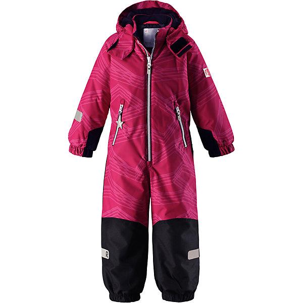 Комбинезон Reimatec® Reima Snowy для девочкиВерхняя одежда<br>Характеристики товара:<br><br>• цвет: розовый;<br>• состав: 100% полиэстер;<br>• подкладка: 100% полиэстер;<br>• утеплитель: 160 г/м2<br>• температурный режим: от 0 до -20С;<br>• сезон: зима; <br>• водонепроницаемость: 8000/10000 мм;<br>• воздухопроницаемость: 7000/5000 мм;<br>• износостойкость: 30000/50000 циклов (тест Мартиндейла);<br>• водо- и ветронепроницаемый, дышащий и грязеотталкивающий материал;<br>• все швы проклеены и водонепроницаемы;<br>• прочные усиленные вставки внизу, на коленях и снизу на ногах;<br>• гладкая подкладка из полиэстера;<br>• мягкая резинка на кромке капюшона и манжетах;<br>• застежка: молния с защитой подбородка;<br>• безопасный съемный капюшон на кнопках;<br>• внутренняя регулировка обхвата талии;<br>• прочные съемные силиконовые штрипки;<br>• два кармана на молнии;<br>• светоотражающие детали;<br>• страна бренда: Финляндия;<br>• страна изготовитель: Китай.<br><br>Зимний комбинезон на молнии изготовлен из водо и ветронепроницаемого материала с водо и грязеотталкивающей поверхностью. Все швы проклеены, водонепроницаемы. Комбинезон снабжен прочными усилениями на задней части, коленях и концах брючин. В этом комбинезоне прямого кроя талия при необходимости легко регулируется, что позволяет подогнать комбинезон точно по фигуре. <br><br>Съемный капюшон защищает от пронизывающего ветра, а еще он безопасен во время игр на свежем воздухе. Кнопки легко отстегиваются, если капюшон случайно за что-нибудь зацепится. Силиконовые штрипки не дают концам брючин задираться, бегай сколько хочешь! Образ довершают мягкая резинка по краю капюшона и на манжетах, два кармана на молнии и светоотражающие детали. <br><br>Комбинезон Snowy Reimatec® Reima от финского бренда Reima (Рейма) можно купить в нашем интернет-магазине.<br><br>Ширина мм: 356<br>Глубина мм: 10<br>Высота мм: 245<br>Вес г: 519<br>Цвет: розовый<br>Возраст от месяцев: 18<br>Возраст до месяцев: 24<br>Пол: Женский<br>Возраст: Детский<b