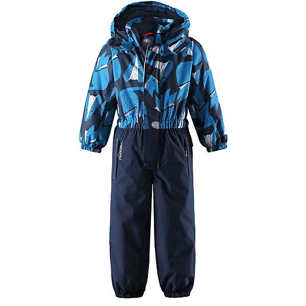 Комбинезон Reimatec® Reima Kemi для мальчикаОдежда<br>Характеристики товара:<br><br>• цвет: синий;<br>• состав: 100% полиэстер;<br>• подкладка: 100% полиэстер;<br>• утеплитель: 160 г/м2<br>• температурный режим: от 0 до -20С;<br>• сезон: зима; <br>• водонепроницаемость: 15000/12000 мм;<br>• воздухопроницаемость: 8000/7000 мм;<br>• износостойкость: 35000/80000 циклов (тест Мартиндейла);<br>• водо- и ветронепроницаемый, дышащий и грязеотталкивающий материал;<br>• очень прочный материал в нижней части изделия, внутренние швы отсутствуют;<br>• все швы проклеены и водонепроницаемы;<br>• гладкая подкладка из полиэстера;<br>• эластичные манжеты;<br>• застежка: молния с защитой подбородка;<br>• безопасный съемный и регулируемый капюшон на кнопках;<br>• регулируемая длина брюк с помощью кнопок;<br>• внутренняя регулировка обхвата талии;<br>• прочные съемные силиконовые штрипки;<br>• два кармана на молнии;<br>• кармана с креплением для сенсора ReimaGO®;<br>• светоотражающие детали;<br>• страна бренда: Финляндия;<br>• страна изготовитель: Китай.<br><br>Непромокаемый детский зимний комбинезон Reimatec® с полностью проклеенными швами. Очень прочная нижняя часть без внутренних швов. Этот практичный комбинезон изготовлен из ветронепроницаемого и дышащего материала. Комбинезон снабжен гладкой подкладкой из полиэстера. <br><br>В этом комбинезоне прямого кроя талия легко регулируется, что позволяет подогнать комбинезон точно по фигуре. А еще он снабжен эластичными манжетами на рукавах и концах брючин, которые регулируются застежкой на кнопках. Внутри комбинезона имеются удобные подтяжки, благодаря которым дети могут снять верхнюю часть. Подтяжки поддерживают верхнюю часть на бедрах, обеспечивая комфорт при входе в помещение и не позволяя комбинезону тащится по полу. <br><br>Съемный капюшон защищает от пронизывающего ветра, а еще он безопасен во время игр на свежем воздухе. Кнопки легко отстегиваются, если капюшон случайно за что-нибудь зацепится. Силиконовые штрипки не дают концам бр