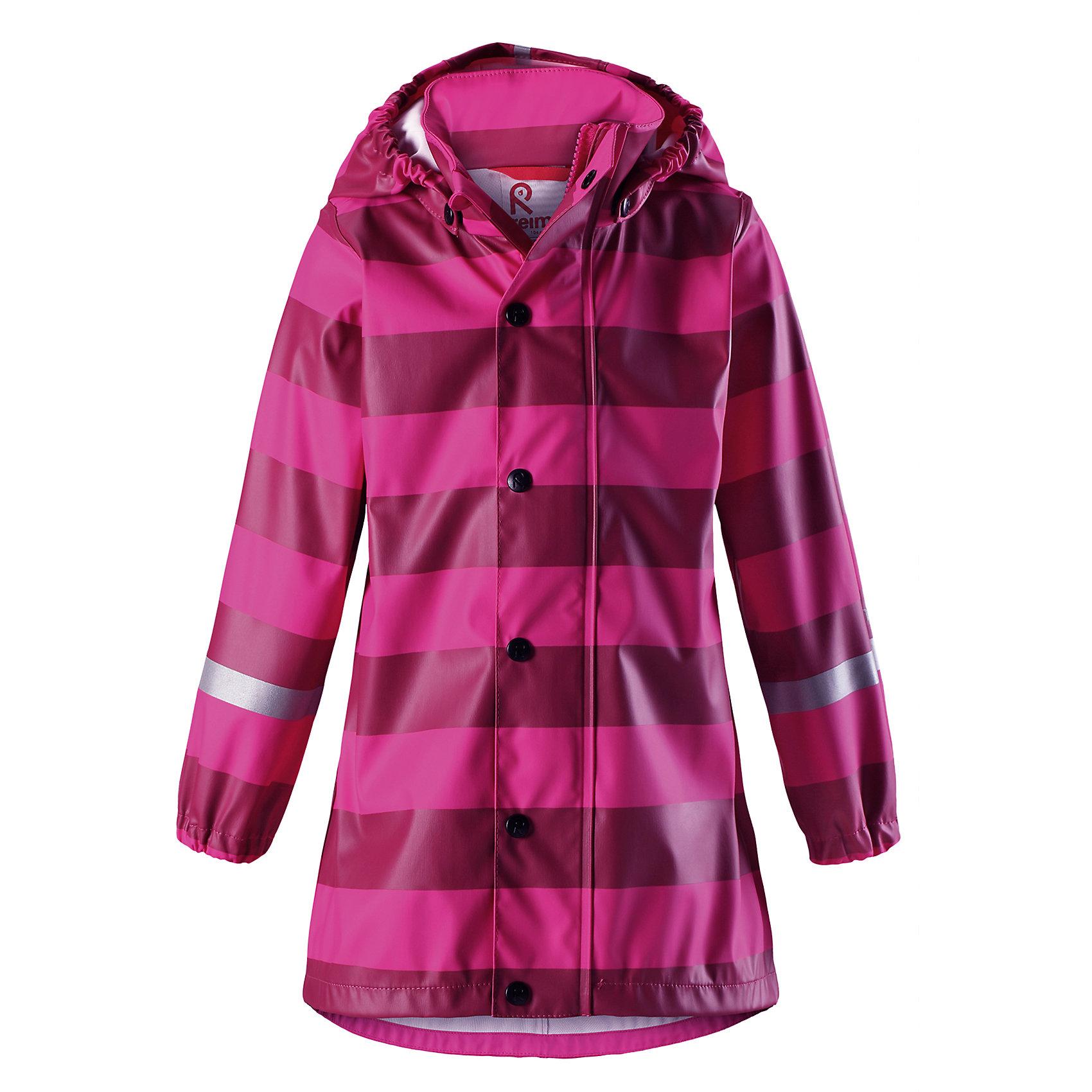 Плащ-дождевик Reima Vatten для девочкиОдежда<br>Характеристики товара:<br><br>• цвет: розовый;<br>• состав: 100% полиэстер;<br>• подкладка: 100% полиэстер;<br>• утеплитель: 160 г/м2<br>• температурный режим: от +15 до -15С;<br>• сезон: демисезон; <br>• запаянные швы, не пропускающие влагу;<br>• эластичный материал;<br>• без ПВХ;<br>• гладкая подкладка из полиэстера;<br>• эластичные манжеты;<br>• застежка: молния с дополнительной планкой на кнопках;<br>• безопасный съемный капюшон;<br>• трапециевидная форма с удлиненным сзади подолом;<br>• светоотражающие детали;<br>• страна бренда: Финляндия;<br>• страна изготовитель: Китай.<br><br>Куртка-дождевик изготовлена из удобного, эластичного материала, не содержащего ПВХ. Швы запаяны и абсолютно водонепроницаемы. Новый трапециевидный силуэт с удлиненной спинкой обеспечивает эффективную защиту от дождя. <br>Куртка-дождевик не деревенеет на морозе, поэтому ее можно носить круглый год – просто добавьте в холодную погоду теплый промежуточный слой. Съемный капюшон защитит даже от ливня, при этом он безопасен во время прогулок в дождливый день. Молния спереди во всю длину и множество светоотражающих деталей.<br><br><br>Плащ-дождевик Vatten для девочки Reima от финского бренда Reima (Рейма) можно купить в нашем интернет-магазине.<br><br>Ширина мм: 356<br>Глубина мм: 10<br>Высота мм: 245<br>Вес г: 519<br>Цвет: розовый<br>Возраст от месяцев: 108<br>Возраст до месяцев: 120<br>Пол: Женский<br>Возраст: Детский<br>Размер: 140,104,110,116,122,128,134<br>SKU: 6907720