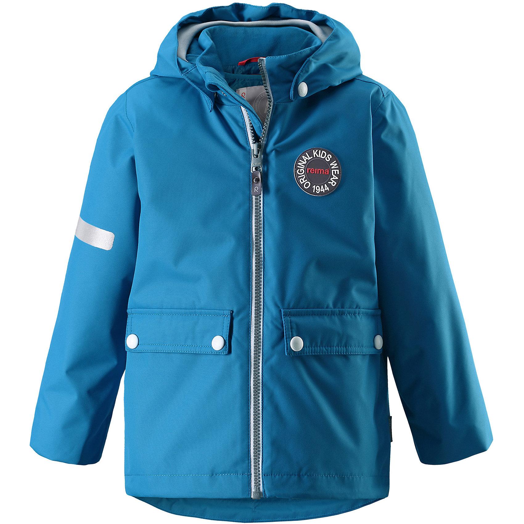 Куртка Taag Reimatec® ReimaВерхняя одежда<br>Характеристики товара:<br><br>• цвет: голубой;<br>• состав: 100% полиэстер;<br>• утеплитель: 140 г/м2;<br>• сезон: демисезон, зима;<br>• температурный режим: от +10 до -10С;<br>• водонепроницаемость: 10000 мм;<br>• воздухопроницаемость: 10000 мм;<br>• износостойкость: 30000 циклов (тест Мартиндейла);<br>• водо и ветронепроницаемый, дышащий и грязеотталкивающий материал;<br>• все швы проклеены и водонепроницаемы;<br>• безопасный съемный капюшон на кнопках;<br>• застежка: молния с защитой подбородка от защемления;<br>• съемная стеганая подкладка;<br>• мягкая резинка на кромке капюшона и манжетах;<br>• регулируемый подол;<br>• два накладных кармана на кнопках;<br>• логотип Reima® спереди;<br>• светоотражающие элементы;<br>• страна бренда: Финляндия;<br>• страна производства: Китай.<br><br>Демисезонная куртка с капюшоном, в ней дождь не страшен – все основные швы проклеены, водонепроницаемы. Куртка на молнии со съемной стеганой подкладкой – незаменимая вещь для осенней поры а когда похолодает, просто подденьте теплый промежуточный слой и куртка превратиться в отличный зимний вариант. <br><br>Подол в этой куртке прямого покроя легко регулируется, что позволяет подогнать ее идеально по фигуре. Большие карманы с клапанами и светоотражающие детали, вместе с мягкой резинкой на манжетах и по краю капюшона они придают образу изюминку.<br><br>Куртка Taag Reimatec® Reima (Рейма) можно купить в нашем интернет-магазине.<br><br>Ширина мм: 356<br>Глубина мм: 10<br>Высота мм: 245<br>Вес г: 519<br>Цвет: синий<br>Возраст от месяцев: 108<br>Возраст до месяцев: 120<br>Пол: Унисекс<br>Возраст: Детский<br>Размер: 104,110,116,122,128,134,140<br>SKU: 6907744