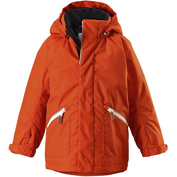 Куртка Reimatec® Reima Nappaa для мальчикаОдежда<br>Характеристики товара:<br><br>• цвет: оранжевый;<br>• состав: 100% полиэстер;<br>• подкладка: 100% полиэстер;<br>• утеплитель: 160 г/м2<br>• температурный режим: от 0 до -20С;<br>• сезон: зима; <br>• водонепроницаемость: 8000 мм;<br>• воздухопроницаемость: 7000 мм;<br>• износостойкость: 30000 циклов (тест Мартиндейла);<br>• водо- и ветронепроницаемый, дышащий и грязеотталкивающий материал;<br>• основные швы проклеены и не пропускают влагу;<br>• гладкая подкладка из полиэстера;<br>• эластичные манжеты;<br>• застежка: молния с защитой подбородка;<br>• безопасный съемный капюшон на кнопках;<br>• регулируемый обхват талии и подол;<br>• два кармана на кнопках;<br>• светоотражающие детали;<br>• страна бренда: Финляндия;<br>• страна изготовитель: Китай.<br><br>Детская зимняя куртка Reimatec® изготовлена из износостойкого, водо и ветронепроницаемого, дышащего материала с водо и грязеотталкивающей поверхностью. Основные швы в куртке проклеены и водонепроницаемы, поэтому неожиданный снегопад или дождь не помешает веселым играм на свежем воздухе! Эта куртка с подкладкой из гладкого полиэстера легко надевается, и ее очень удобно носить. <br><br>Благодаря регулируемой талии и подолу, эта куртка прямого кроя отлично сидит по фигуре. Капюшон снабжен кнопками. Это обеспечивает дополнительную безопасность во время активных прогулок – капюшон легко отстегивается, если случайно за что-нибудь зацепится. Регулируемые манжеты, два передних кармана на молнии и светоотражающие детали.<br><br>Куртку Nappaa для мальчика Reimatec® Reima от финского бренда Reima (Рейма) можно купить в нашем интернет-магазине.<br><br>Ширина мм: 356<br>Глубина мм: 10<br>Высота мм: 245<br>Вес г: 519<br>Цвет: оранжевый<br>Возраст от месяцев: 36<br>Возраст до месяцев: 48<br>Пол: Мужской<br>Возраст: Детский<br>Размер: 104,140,134,128,122,116,110<br>SKU: 6907832