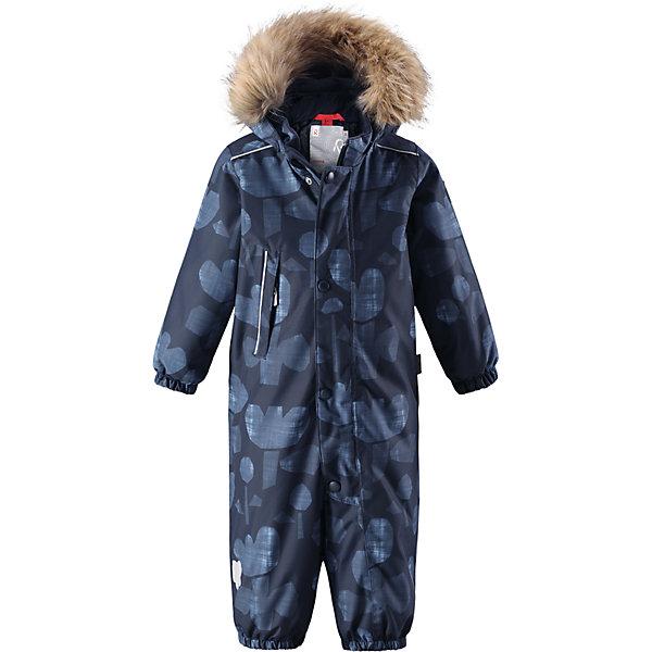 Комбинезон Reima Reimatec® Nuoska для девочкиВерхняя одежда<br>Характеристики товара:<br><br>• цвет: синий<br>• состав: 100% полиэстер<br>• утеплитель: 160 г/м2 (soft loft insulation)<br>• сезон: зима<br>• температурный режим: от 0 до -20С<br>• водонепроницаемость: 15000 мм<br>• воздухопроницаемость: 7000 мм<br>• износостойкость: 40000 циклов (тест Мартиндейла)<br>• особенности модели: с рисунком,  с мехом<br>• основные швы проклеены и не пропускают влагу<br>• водо- и ветронепроницаемый, дышащий и грязеотталкивающий материал<br>• утепленная задняя часть изделия<br>• гладкая подкладка из полиэстера<br>• безопасный, съемный, регулируемый капюшон<br>• съемный искусственный мех на капюшоне<br>• защита подбородка от защемления<br>• эластичные манжеты и штанины<br>• эластичная талия<br>• съемные эластичные штрипки <br>• длинная молния для легкого надевания<br>• дополнительная планка с кнопками<br>• карман на молнии<br>• светоотражающие детали<br>• страна бренда: Финляндия<br>• страна изготовитель: Китай<br><br>Зимний комбинезон на молнии для девочки! Основные швы комбинезона проклеены, а сам он изготовлен из водо и ветронепроницаемого, грязеотталкивающего материала. Утепленная задняя часть обеспечит дополнительное утепление во время игр в снегу.<br><br>Гладкая подкладка и длинная молния облегчают надевание, а талия в комбинезоне регулируется. Маленький карман на молнии надежно сохранит все сокровища. Обратите внимание: комбинезон можно сушить в сушильной машине. Зимний комбинезон с капюшоном для девочки декорирован рисунком с цветочками.<br><br>Комбинезон Nuoska для девочки Reimatec® Reima от финского бренда Reima (Рейма) можно купить в нашем интернет-магазине.<br>Ширина мм: 356; Глубина мм: 10; Высота мм: 245; Вес г: 519; Цвет: синий; Возраст от месяцев: 6; Возраст до месяцев: 9; Пол: Женский; Возраст: Детский; Размер: 74,98,92,80,86; SKU: 6908116;