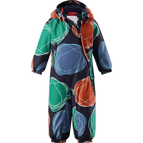 Комбинезон Reima Reimatec® Loska для мальчикаОдежда<br>Характеристики товара:<br><br>• цвет: синий <br>• состав: 100% полиэстер<br>• утеплитель: 100% полиэстер, 160 г/м2 (soft loft insulation)<br>• сезон: зима<br>• температурный режим: от 0 до -20С<br>• водонепроницаемость: 15000 мм<br>• воздухопроницаемость: 7000 мм<br>• износостойкость: 40000 циклов (тест Мартиндейла)<br>• особенности модели: с рисунком<br>• основные швы проклеены и не пропускают влагу<br>• водо- и ветронепроницаемый, дышащий и грязеотталкивающий материал<br>• утепленная задняя часть изделия<br>• гладкая подкладка из полиэстера<br>• безопасный, съемный, регулируемый капюшон<br>• внутренняя регулировка талии<br>• защита подбородка от защемления<br>• эластичные манжеты и штанины<br>• эластичная талия<br>• съемные эластичные штрипки <br>• длинная молния для легкого надевания<br>• дополнительная планка с кнопками<br>• карман на молнии<br>• светоотражающие детали<br>• страна бренда: Финляндия<br>• страна изготовитель: Китай<br><br>Зимний комбинезон на молнии для малыша! Основные швы комбинезона проклеены, а сам он изготовлен из водо и ветронепроницаемого, грязеотталкивающего материала. Утепленная задняя часть обеспечит дополнительное утепление во время игр в снегу.<br><br>Гладкая подкладка и длинная молния облегчают надевание. Маленький карман на молнии надежно сохранит все сокровища. Обратите внимание: комбинезон можно сушить в сушильной машине. Зимний комбинезон с капюшоном для малыша декорирован рисунком в виде больших цветных кругов.<br><br>Комбинезон Loska Reimatec® Reima от финского бренда Reima (Рейма) можно купить в нашем интернет-магазине.<br>Ширина мм: 356; Глубина мм: 10; Высота мм: 245; Вес г: 519; Цвет: зеленый; Возраст от месяцев: 6; Возраст до месяцев: 9; Пол: Мужской; Возраст: Детский; Размер: 74,98,92,86,80; SKU: 6908152;