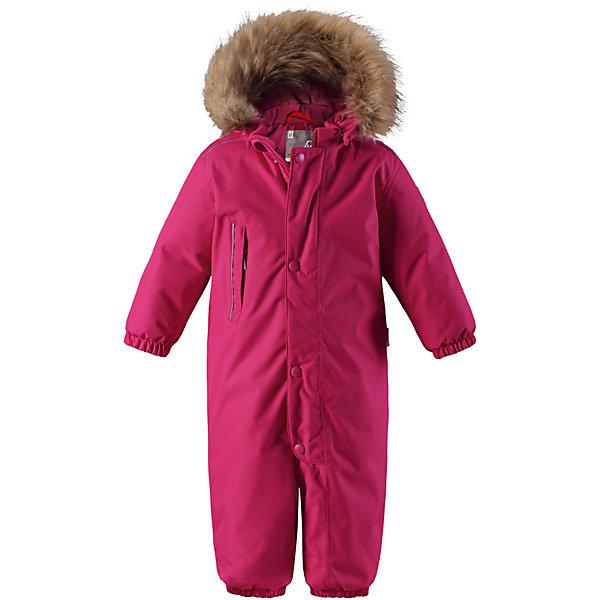 Комбинезон Reima Reimatec® Gotland для девочкиОдежда<br>Характеристики товара:<br><br>• цвет: розовый <br>• состав: 100% полиэстер<br>• утеплитель: 100% полиэстер, 160 г/м2 (soft loft insulation)<br>• сезон: зима<br>• температурный режим: от 0 до -20С<br>• водонепроницаемость: 15000 мм<br>• воздухопроницаемость: 7000 мм<br>• износостойкость: 40000 циклов (тест Мартиндейла)<br>• особенности модели: однотонный, с мехом<br>• основные швы проклеены и не пропускают влагу<br>• водо- и ветронепроницаемый, дышащий и грязеотталкивающий материал<br>• утепленная задняя часть изделия<br>• гладкая подкладка из полиэстера<br>• безопасный, съемный капюшон на кнопках<br>• съемный искусственный мех на капюшоне<br>• защита подбородка от защемления<br>• эластичные манжеты и штанины<br>• эластичная талия<br>• съемные эластичные штрипки <br>• длинная молния для легкого надевания<br>• дополнительная планка на кнопках<br>• карман на молнии<br>• светоотражающие детали<br>• система кнопок Play Layers®<br>• страна бренда: Финляндия<br>• страна изготовитель: Китай<br><br>Классический зимний комбинезон на молнии для малышей очень прост в уходе и идеально подходит для всех зимних забав. Этот непромокаемый зимний комбинезон изготовлен из дышащего и ветронепроницаемого, а также водо и грязеотталкивающего материала.<br><br>Все швы проклеены, водонепроницаемы, а еще комбинезон снабжен утепленной вставкой на задней части, благодаря которой ребенку будет тепло и сухо во время зимних приключений. Благодаря гладкой подкладке из полиэстера, зимний комбинезон с капюшоном очень легко надевать и удобно носить с теплой одеждой промежуточного слоя. <br><br>Обратите внимание, что с помощью удобной системы кнопок Play Layers® к комбинезону можно присоединять разнообразную одежду промежуточного слоя Reima®. Съемный регулируемый капюшон обеспечивает дополнительную безопасность во время игр на свежем воздухе. <br><br>Кнопки легко отстегиваются, если капюшон случайно за что-нибудь зацепится. Прочные силиконовые шт