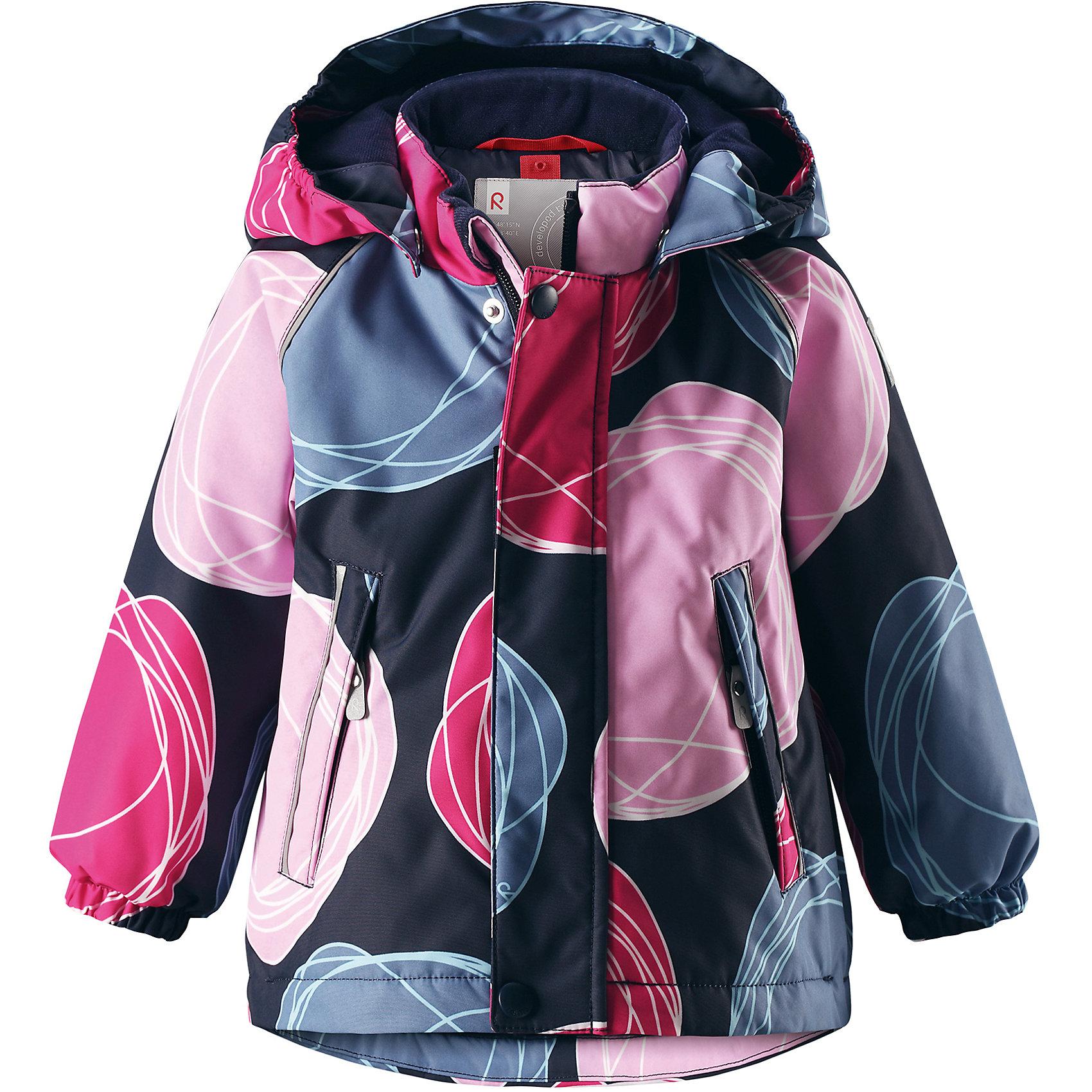 Куртка Reima Reimatec® Kuusi для девочкиВерхняя одежда<br>Характеристики товара:<br><br>• цвет: синий <br>• состав: 100% полиэстер<br>• утеплитель: 100% полиэстер, 160 г/м2 (soft loft insulation)<br>• сезон: зима<br>• температурный режим: от 0 до -20С<br>• водонепроницаемость: 15000 мм<br>• воздухопроницаемость: 7000 мм<br>• износостойкость: 40000 циклов (тест Мартиндейла)<br>• особенности модели: с рисунком, с мехом<br>• основные швы проклеены и не пропускают влагу<br>• водо- и ветронепроницаемый, дышащий и грязеотталкивающий материал<br>• гладкая подкладка из полиэстера<br>• безопасный, съемный капюшон на кнопках<br>• съемный искусственный мех на капюшоне<br>• защита подбородка от защемления<br>• эластичные манжеты<br>• регулируемый подол<br>• застежка: молния<br>• дополнительная планка на кнопках<br>• два кармана на молнии<br>• светоотражающие детали<br>• страна бренда: Финляндия<br>• страна изготовитель: Китай<br><br>Зимняя куртка с капюшоном для девочки. Все швы проклеены и водонепроницаемы, а сама она изготовлена из водо и ветронепроницаемого, грязеотталкивающего материала. Гладкая подкладка и длинная застежка на молнии облегчают надевание.<br><br>Съемный капюшон защищает от ветра, к тому же он абсолютно безопасен – легко отстегнется, если вдруг за что-нибудь зацепится. Маленькие карманы на молнии надежно сохранят все сокровища. Обратите внимание: куртку можно сушить в сушильной машине. Зимняя куртка на молнии для девочки декорирована абстрактным рисунком.<br><br>Куртка Kuusi для девочки Reimatec® Reima от финского бренда Reima (Рейма) можно купить в нашем интернет-магазине.<br><br>Ширина мм: 356<br>Глубина мм: 10<br>Высота мм: 245<br>Вес г: 519<br>Цвет: розовый<br>Возраст от месяцев: 18<br>Возраст до месяцев: 24<br>Пол: Мужской<br>Возраст: Детский<br>Размер: 92,98,80,86<br>SKU: 6908245