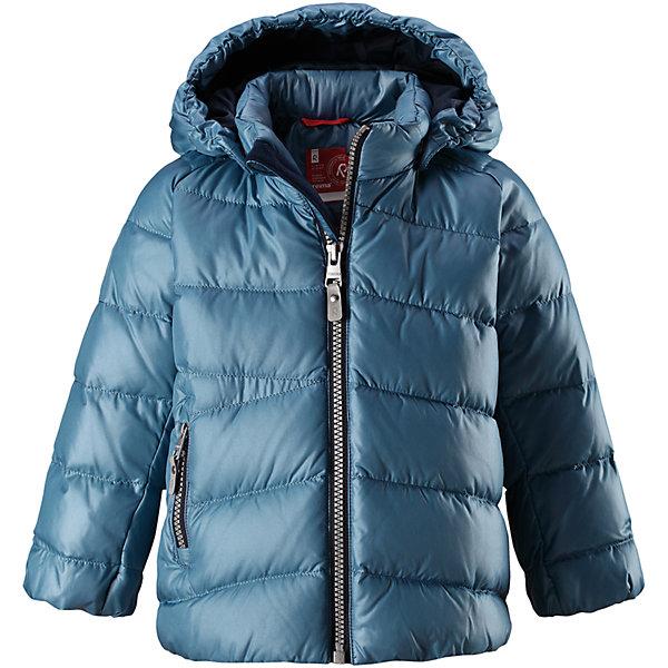 Куртка Reima Vihta для мальчикаОдежда<br>Характеристики товара:<br><br>• цвет: синий <br>• состав: 100% полиэстер<br>• утеплитель: 60 г/м2 (60% пух, 40% перо)<br>• сезон: зима<br>• температурный режим: от 0 до -20С<br>• особенности модели: пуховая<br>• ветронепроницаемый материал<br>• гладкая подкладка из полиэстера<br>• безопасный, съемный капюшон на кнопках<br>• защита подбородка от защемления<br>• застежка: молния<br>• боковой карман на молнии<br>• светоотражающие детали<br>• страна бренда: Финляндия<br>• страна изготовитель: Китай<br><br>Зимняя пуховая куртка с капюшоном для мальчика! Внутри – теплый пух, а снаружи – ветронепроницаемый материал. Куртка застегивается на молнию, есть защита от защемления подбородка. Боковой карман на молнии. Куртка оснащена светоотражающими элементами. Обратите внимание: эту куртку можно сушить в сушильной машине. <br><br>Куртку Vihta Reima от финского бренда Reima (Рейма) можно купить в нашем интернет-магазине.<br>Ширина мм: 356; Глубина мм: 10; Высота мм: 245; Вес г: 519; Цвет: синий; Возраст от месяцев: 12; Возраст до месяцев: 15; Пол: Мужской; Возраст: Детский; Размер: 80,110,86,92,98,104; SKU: 6908267;