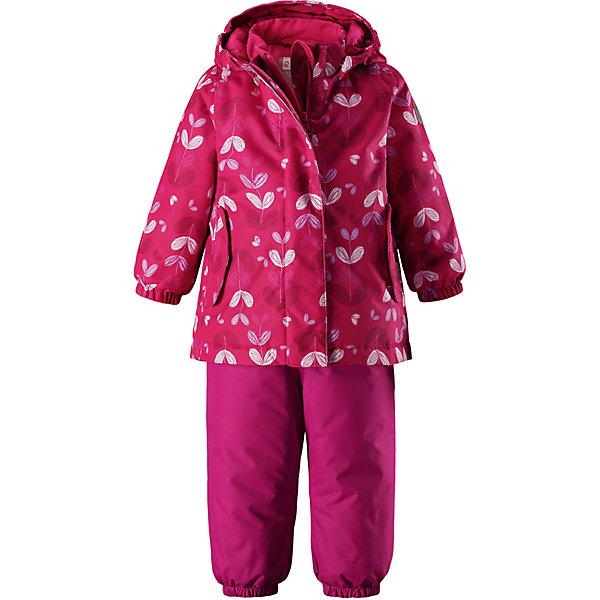 Комплект Reima Reimatec® Ohra для девочкиОдежда<br>Характеристики товара:<br><br>• цвет: розовый <br>• состав: 100% полиэстер<br>• утеплитель: 100% полиэстер, 160/140 г/м2 (lost insulation)<br>• сезон: зима<br>• температурный режим: от 0 до -20С<br>• водонепроницаемость: 8000 мм<br>• воздухопроницаемость: 10000 мм<br>• износостойкость: 30000 циклов (тест Мартиндейла)<br>• особенности модели: с высокой талией, с подтяжками, с рисунком<br>• все швы проклеены и не пропускают влагу<br>• водо- и ветронепроницаемый, дышащий и грязеотталкивающий материал<br>• ветронепродуваемый<br>• гладкая подкладка из полиэстера<br>• безопасный съемный капюшон<br>• высокая талия<br>• регулируемые подтяжки<br>• эластичные штанины<br>• съемные эластичные штрипки<br>• застежка: молния<br>• регулируемый подол куртки<br>• два боковых кармана <br>• светоотражающие детали<br>• страна бренда: Финляндия<br>• страна изготовитель: Китай<br><br>Теплый зимний комплект для девочки выполнен из ветро и водонепроницаемого материала с основными проклеенными и водонепроницаемыми швами. Куртка оснащена съемным капюшоном, который легко отстегивается. У зимних брюк высокая талия, которая защищает поясницу от холода, а благодаря подтяжкам и штрипкам они будут хорошо сидеть.<br><br>Комплект Ohra для девочки Reimatec® Reima от финского бренда Reima (Рейма) можно купить в нашем интернет-магазине.<br><br>Ширина мм: 356<br>Глубина мм: 10<br>Высота мм: 245<br>Вес г: 519<br>Цвет: розовый<br>Возраст от месяцев: 12<br>Возраст до месяцев: 15<br>Пол: Женский<br>Возраст: Детский<br>Размер: 80,98,92,86<br>SKU: 6908324