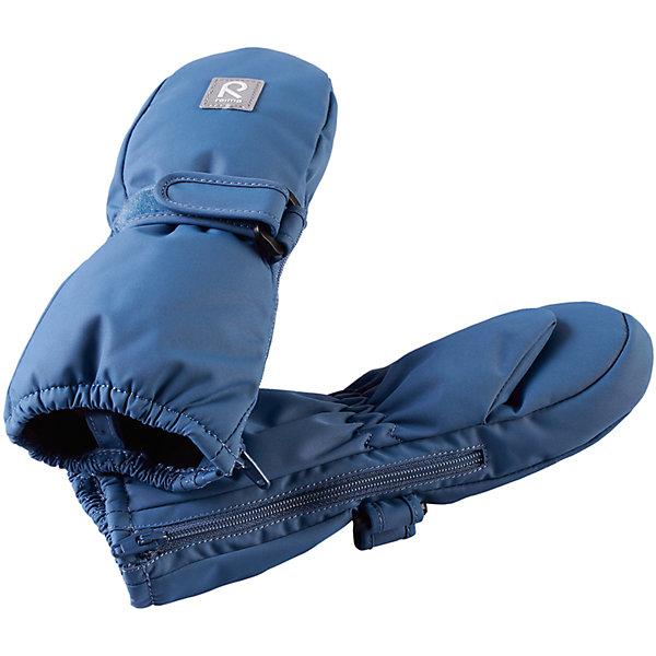 Варежки Reima Tassu для мальчикаПерчатки и варежки<br>Характеристики товара:<br><br>• цвет: голубой;<br>• состав: 100% полиэстер;<br>• утеплитель: 170 г/м2 (comfort insulation);<br>• температурный режим: от -10 до -20С;<br>• сезон: зима; <br>• водонепроницаемость: 15000 мм;<br>• воздухопроницаемость: 7000 мм;<br>• износостойкость: 40000 (тест Мартиндейла);<br>• особенности модели: на молнии, на липучке;<br>• застежка: молния и липучка-утяжка;<br>• водонепроницаемый прочный материал;<br>• ветронепроницаемый и грязеотталкивающий материал;<br>• подкладка из полиэстера с небольшим начесом;<br>• обратите внимание, что из-за молнии изделие не является полностью водонепроницаемым;<br>• логотип Reima;<br>• страна бренда: Финляндия;<br>• страна изготовитель: Китай.<br><br>Зимние варежки на молнии отлично подойдут для сухой морозной зимней поры. Благодаря молнии, эти варежки легко надеть на ручки, а мягкая трикотажная подкладка из полиэстера очень приятна на ощупь. Варежки имеют липучку, с помощью которой можно регулировать обхват. Варежки очень просты в уходе – их можно сушить в сушильной машине, так что сразу после стирки они будут снова готовы к веселым снежным приключениям.<br><br>Варежки Tassu Reima от финского бренда Reima (Рейма) можно купить в нашем интернет-магазине.<br>Ширина мм: 162; Глубина мм: 171; Высота мм: 55; Вес г: 119; Цвет: синий; Возраст от месяцев: 0; Возраст до месяцев: 12; Пол: Мужской; Возраст: Детский; Размер: 2,1,0; SKU: 6908702;