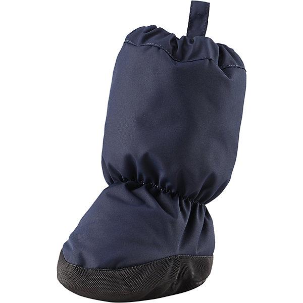 Пинетки Reima Antura  для мальчикаПинетки и царапки<br>Характеристики товара:<br><br>• цвет: темно-синий;<br>• состав: 100% полиэстер;<br>• утеплитель: 170 г/м2 (comfort insulation);<br>• температурный режим: от -10 до -20С;<br>• сезон: зима; <br>• водонепроницаемость: 15000 мм;<br>• воздухопроницаемость: 7000 мм;<br>• износостойкость: 40000 (тест Мартиндейла);<br>• особенности модели: на подкладке;<br>• водонепроницаемый прочный материал;<br>• ветронепроницаемый и грязеотталкивающий материал;<br>• подкладка из полиэстера с небольшим начесом;<br>• антискользящая поверхность подошвы;<br>• логотип Reima;<br>• страна бренда: Финляндия;<br>• страна изготовитель: Китай.<br><br>Зимние пинетки изготовлены из дышащего водонепроницаемого материала, однако швы в них не проклеены – так что лужи придется обходить! Ребристая нескользящая подошва поможет сделать первые шаги на свежем воздухе, кроме того, материал отталкивает грязь. А с мягкой трикотажной подкладкой с начесом в пинетках невероятно удобно. <br><br>Пинетки Antura Reima от финского бренда Reima (Рейма) можно купить в нашем интернет-магазине.<br><br>Ширина мм: 152<br>Глубина мм: 126<br>Высота мм: 93<br>Вес г: 242<br>Цвет: синий<br>Возраст от месяцев: 0<br>Возраст до месяцев: 6<br>Пол: Мужской<br>Возраст: Детский<br>Размер: 0,2,1<br>SKU: 6908726