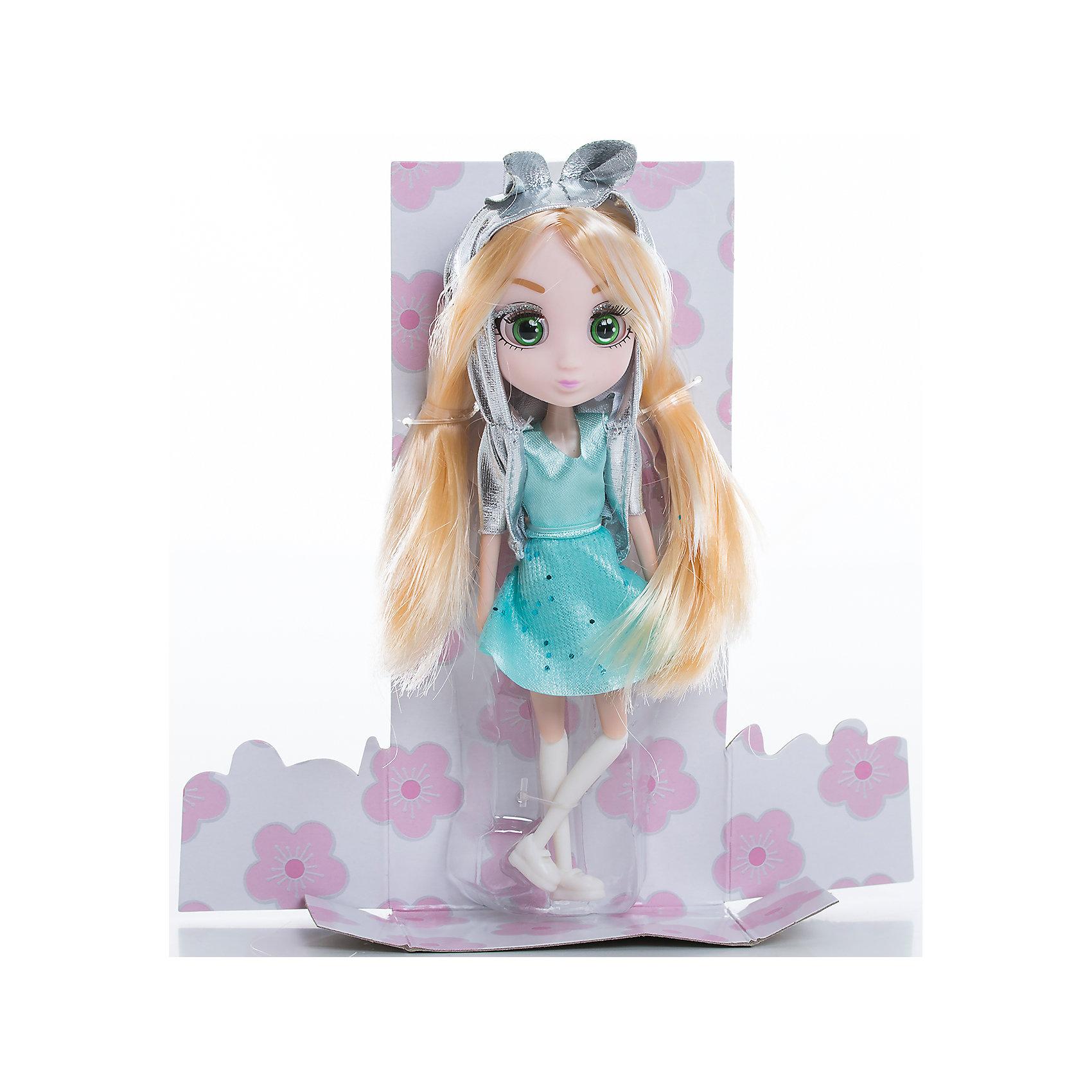Кукла Кое, 15 см, Шибадзуку ГерлзМини-куклы<br>Характеристики товара:<br><br>• возраст: от 3 лет;<br>• материал: пластик,текстиль;<br>•высота куклы: 15 см;<br>•в комплекте : кукла,аксессуары;<br>• размер упаковки: 5х8х17 см;<br>• вес упаковки: 87 гр.;<br>• страна обладатель бренда: Австралия;<br>• бренд: Hunter Products. <br><br>Кукла Shibajuku Girls Кое — прелестная любительница животных, которая мечтает жить с ними в одной среде и уметь перевоплощаться в самых разных зверюшек. <br><br>У Кое теперь новый, очень стильный образ: бирюзовое платье и серебристая курточка с капюшоном с заячьими ушками. Но это еще не все: у куклы такие красивые длинные светлые волосы!<br><br>У куклы подвижная голова, руки и ноги. Руки без шарниров, а вот ноги сгибаются в бедре, прокручиваются и сгибаются в колене. <br><br>Девочке точно понравится эта замечательная игрушка, только представьте, сколько интересных историй можно придумать и разыграть их самой или с друзьями. А еще будет здорово собрать целую коллекцию кукол Shibajuku Girls, тогда игра станет еще более увлекательной! <br><br>Куклу Кое , 15 см  можно приобрести в нашем интернет-магазине.<br><br>Ширина мм: 80<br>Глубина мм: 50<br>Высота мм: 170<br>Вес г: 87<br>Возраст от месяцев: 36<br>Возраст до месяцев: 2147483647<br>Пол: Женский<br>Возраст: Детский<br>SKU: 6916230