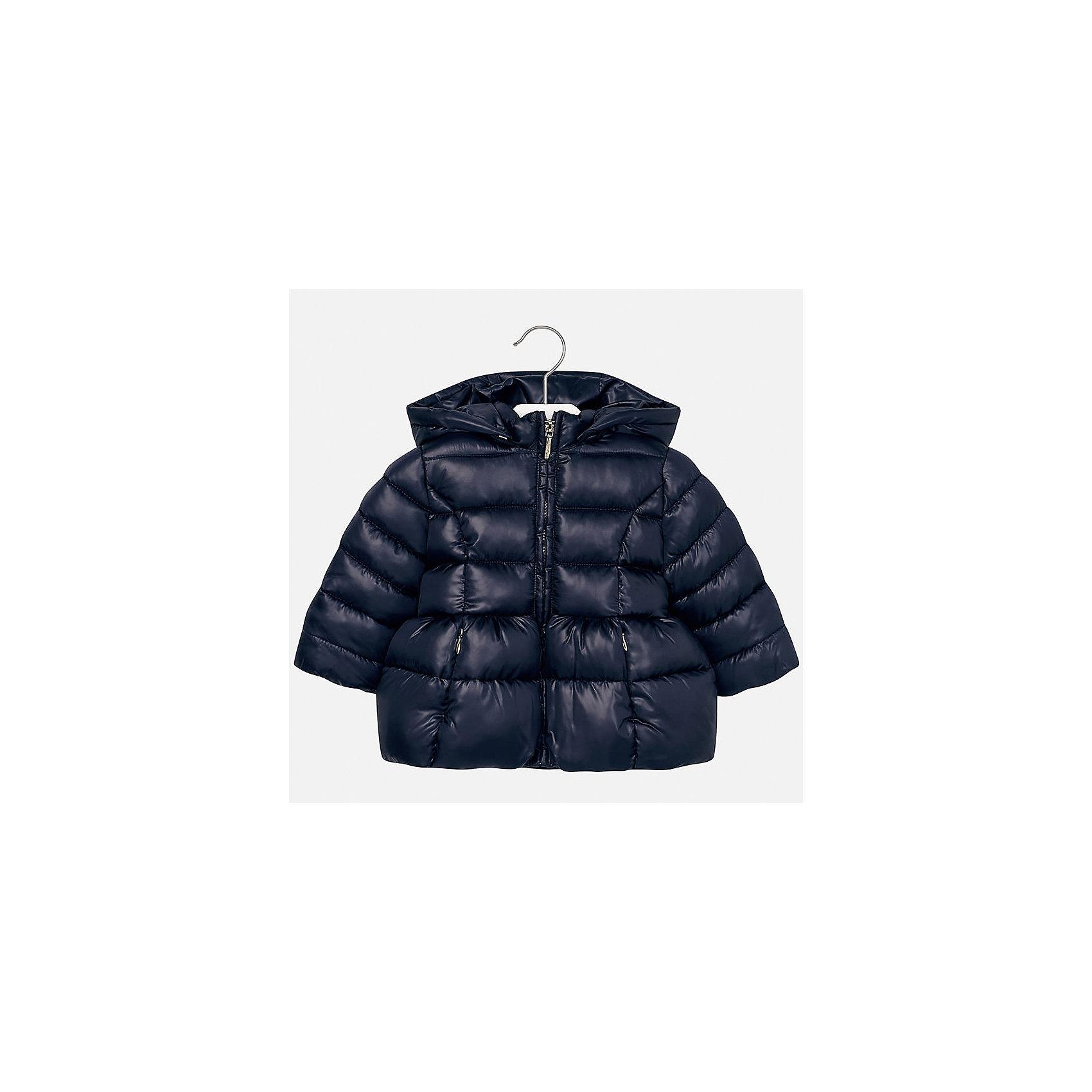 Куртка Mayoral для девочкиВерхняя одежда<br>Характеристики товара:<br><br>• цвет: синий<br>• состав ткани: 100% полиэстер<br>• подкладка: 100% полиэстер<br>• утеплитель: 100% полиэстер<br>• сезон: демисезон<br>• температурный режим: от -10 до +10<br>• особенности куртки: дутая, с капюшоном<br>• капюшон: съемный, с рюшами<br>• застежка: молния<br>• страна бренда: Испания<br>• страна изготовитель: Индия<br><br>Теплая демисезонная детская куртка подойдет для переменной погоды. Отличный способ обеспечить ребенку комфорт - надеть теплую куртку от Mayoral. Детская куртка сшита из легкого материала. Куртка для девочки Mayoral дополнена теплой подкладкой. <br><br>Куртку для девочки Mayoral (Майорал) можно купить в нашем интернет-магазине.<br><br>Ширина мм: 356<br>Глубина мм: 10<br>Высота мм: 245<br>Вес г: 519<br>Цвет: синий<br>Возраст от месяцев: 24<br>Возраст до месяцев: 36<br>Пол: Женский<br>Возраст: Детский<br>Размер: 98,80,86,92<br>SKU: 6920059