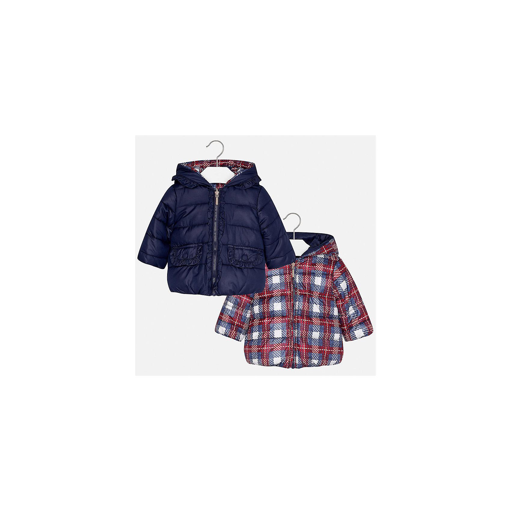 Куртка Mayoral для девочкиВерхняя одежда<br>Характеристики товара:<br><br>• цвет: синий<br>• состав ткани: 100% полиэстер<br>• подкладка: 100% полиэстер<br>• утеплитель: 100% полиэстер<br>• сезон: демисезон<br>• температурный режим: от -10 до +10<br>• особенности куртки: двусторонняя, дутая<br>• капюшон: без меха, несъемный<br>• застежка: молния<br>• страна бренда: Испания<br>• страна изготовитель: Индия<br><br>Двусторонняя куртка для девочки сшита из легкого, но теплого на ощупь материала. Эта куртка для девочки отличается стильным дизайном. Качество продукции Майорал неизменно очень высокое. Детская двусторонняя куртка от Mayoral декорирована рюшами с одной стороны.<br><br>Куртку для девочки Mayoral (Майорал) можно купить в нашем интернет-магазине.<br><br>Ширина мм: 356<br>Глубина мм: 10<br>Высота мм: 245<br>Вес г: 519<br>Цвет: синий<br>Возраст от месяцев: 24<br>Возраст до месяцев: 36<br>Пол: Женский<br>Возраст: Детский<br>Размер: 98,80,86,92<br>SKU: 6920316