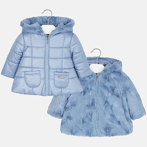 Куртка Mayoral для девочкиВерхняя одежда<br>Характеристики товара:<br><br>• цвет: голубой<br>• состав ткани: 100% полиэстер<br>• подкладка: 100% полиэстер<br>• утеплитель: 100% полиэстер<br>• сезон: демисезон<br>• температурный режим: от -10 до +10<br>• особенности куртки: двусторонняя, меховая<br>• капюшон: несъемный<br>• застежка: молния<br>• страна бренда: Испания<br>• страна изготовитель: Индия<br><br>Такая детская двусторонняя куртка от Mayoral дополнена удобными карманами и капюшоном. Куртка для девочки сшита из приятного на ощупь материала. Детская одежда от испанской компании Mayoral, как и эта двусторонняя куртка для девочки, отличается оригинальным и всегда стильным дизайном. Качество продукции неизменно очень высокое.<br><br>Куртку для девочки Mayoral (Майорал) можно купить в нашем интернет-магазине.<br><br>Ширина мм: 356<br>Глубина мм: 10<br>Высота мм: 245<br>Вес г: 519<br>Цвет: голубой<br>Возраст от месяцев: 12<br>Возраст до месяцев: 15<br>Пол: Женский<br>Возраст: Детский<br>Размер: 80,98,92,86<br>SKU: 6920382