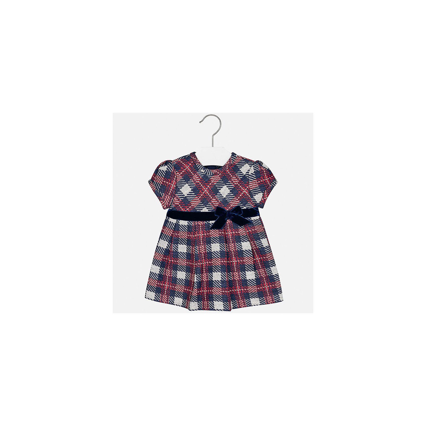 Платье Mayoral для девочкиПлатья<br>Характеристики товара:<br><br>• цвет: синий<br>• состав ткани: 85% хлопок, 15% полиэстер<br>• сезон: демисезон<br>• особенности: бант<br>• застежка: молния<br>• короткие рукава<br>• страна бренда: Испания<br>• страна изготовитель: Индия<br><br>Клетчатое платье для девочки от Майорал подарит ребенку комфорт. В симпатичном платье для девочки от Майорал ребенок будет выглядеть модно, а чувствовать себя - комфортно. Детское платье отличается модным и продуманным дизайном. <br><br>Платье для девочки Mayoral (Майорал) можно купить в нашем интернет-магазине.<br><br>Ширина мм: 236<br>Глубина мм: 16<br>Высота мм: 184<br>Вес г: 177<br>Цвет: синий<br>Возраст от месяцев: 24<br>Возраст до месяцев: 36<br>Пол: Женский<br>Возраст: Детский<br>Размер: 98,74,80,86,92<br>SKU: 6920747