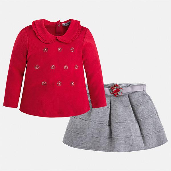 Комплект: блузка и юбка для девочки MayoralКомплекты<br>Характеристики товара:<br><br>• цвет: красный<br>• комплектация: блузка и юбка <br>• состав ткани блузки: 57% хлопок, 38% полиэстер, 5% эластан<br>• состав ткани юбки: 63% полиэстер, 32% вискоза, 5% эластан<br>• сезон: демисезон<br>• застежка: кнопки<br>• длинные рукава<br>• страна бренда: Испания<br>• страна изготовитель: Китай<br><br>Качественный детский комплект из блузки и юбки подойдет для ношения в разных случаях. Отличный способ обеспечить ребенку тепло и комфорт - надеть детские блузку и юбку от Mayoral. Детская юбка сшита из приятного на ощупь материала. Блузка для девочки Mayoral удобно сидит по фигуре. <br><br>Комплект: блузка и юбка Mayoral (Майорал) для девочки можно купить в нашем интернет-магазине.<br>Ширина мм: 207; Глубина мм: 10; Высота мм: 189; Вес г: 183; Цвет: серый; Возраст от месяцев: 84; Возраст до месяцев: 96; Пол: Женский; Возраст: Детский; Размер: 128,134,122,116,110,104,98,92; SKU: 6921506;