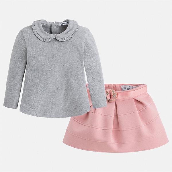 Комплект: блузка и юбка для девочки MayoralКомплекты<br>Характеристики товара:<br><br>• цвет: серый<br>• комплектация: блузка и юбка <br>• состав ткани блузки: 57% хлопок, 38% полиэстер, 5% эластан<br>• состав ткани юбки: 63% полиэстер, 32% вискоза, 5% эластан<br>• сезон: демисезон<br>• застежка: кнопки<br>• длинные рукава<br>• страна бренда: Испания<br>• страна изготовитель: Китай<br><br>Этот детский комплект из блузки и юбки сделан из плотного приятного на ощупь материала. Благодаря продуманному крою детской блузки создаются комфортные условия для тела. Комплект для девочки отличается классическим дизайном.<br><br>Комплект: блузка и юбка Mayoral (Майорал) для девочки можно купить в нашем интернет-магазине.<br><br>Ширина мм: 207<br>Глубина мм: 10<br>Высота мм: 189<br>Вес г: 183<br>Цвет: розовый<br>Возраст от месяцев: 18<br>Возраст до месяцев: 24<br>Пол: Женский<br>Возраст: Детский<br>Размер: 92,134,128,122,116,110,104,98<br>SKU: 6921515