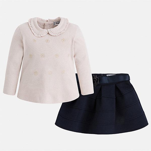 Комплект: блузка и юбка для девочки MayoralКомплекты<br>Характеристики товара:<br><br>• цвет: черный<br>• комплектация: блузка и юбка <br>• состав ткани блузки: 57% хлопок, 38% полиэстер, 5% эластан<br>• состав ткани юбки: 63% полиэстер, 32% вискоза, 5% эластан<br>• сезон: демисезон<br>• застежка: кнопки<br>• длинные рукава<br>• страна бренда: Испания<br>• страна изготовитель: Индия<br><br>Отличный способ обеспечить ребенку тепло и комфорт - надеть детские блузку и юбку от Mayoral. Такой детский комплект из блузки и юбки подойдет для ношения в разных случаях. Детская юбка сшита из приятного на ощупь материала. Блузка для девочки Mayoral удобно сидит по фигуре. <br><br>Комплект: блузка и юбка Mayoral (Майорал) для девочки можно купить в нашем интернет-магазине.<br><br>Ширина мм: 207<br>Глубина мм: 10<br>Высота мм: 189<br>Вес г: 183<br>Цвет: синий<br>Возраст от месяцев: 18<br>Возраст до месяцев: 24<br>Пол: Женский<br>Возраст: Детский<br>Размер: 92,134,128,122,116,110,104,98<br>SKU: 6921524