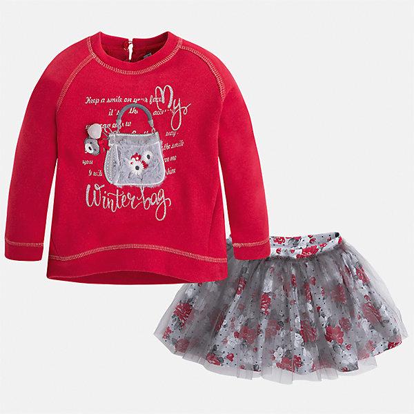 Комплект: блузка и юбка для девочки MayoralКомплекты<br>Характеристики товара:<br><br>• цвет: красный<br>• комплектация: блузка и юбка <br>• состав ткани блузки: 46% хлопок, 50% полиэстер, 4% металлизированная нить<br>• состав ткани юбки: 57% хлопок, 38% полиэстер, 5% эластан<br>• сезон: демисезон<br>• длинные рукава<br>• страна бренда: Испания<br>• страна изготовитель: Китай<br><br>Отличный способ обеспечить ребенку тепло и комфорт - надеть детские блузку и юбку от Mayoral. Такой детский комплект из блузки и юбки подойдет для ношения в разных случаях. Детская юбка сшита из приятного на ощупь материала. Блузка для девочки Mayoral удобно сидит по фигуре. <br><br>Комплект: блузка и юбка Mayoral (Майорал) для девочки можно купить в нашем интернет-магазине.<br>Ширина мм: 207; Глубина мм: 10; Высота мм: 189; Вес г: 183; Цвет: красный; Возраст от месяцев: 24; Возраст до месяцев: 36; Пол: Женский; Возраст: Детский; Размер: 98,134,128,122,116,110,104; SKU: 6921549;