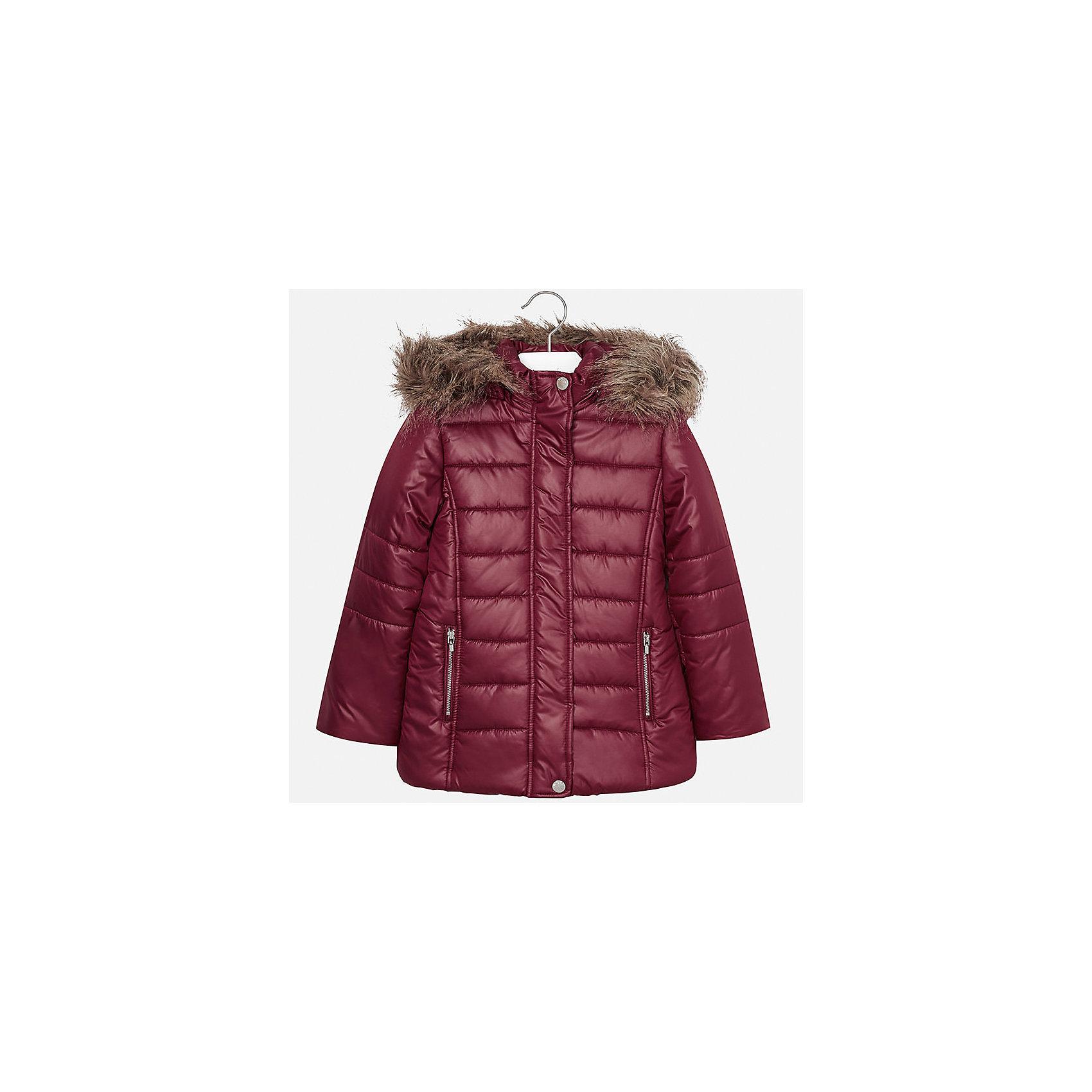 Куртка Mayoral для девочкиДемисезонные куртки<br>Характеристики товара:<br><br>• цвет: красный<br>• состав ткани: 100% полиэстер, подклад - 100% полиэстер, утеплитель - 100% полиэстер<br>• застежка: молния<br>• капюшон с опушкой<br>• сезон: зима<br>• температурный режим: от  0 до -10<br>• страна бренда: Испания<br>• страна изготовитель: Индия<br><br>Красная стеганая куртка для девочки от Майорал поможет обеспечить тепло и комфорт. Модель имеет удобные карманы и капюшон, защищающий от непогоды. <br><br>Для производства детской одежды популярный бренд Mayoral использует только качественную фурнитуру и материалы. Оригинальные и модные вещи от Майорал неизменно привлекают внимание и нравятся детям.<br><br>Куртку для девочки Mayoral (Майорал) можно купить в нашем интернет-магазине.<br><br>Ширина мм: 356<br>Глубина мм: 10<br>Высота мм: 245<br>Вес г: 519<br>Цвет: красный<br>Возраст от месяцев: 168<br>Возраст до месяцев: 180<br>Пол: Женский<br>Возраст: Детский<br>Размер: 170,128/134,140,152,158,164<br>SKU: 6922087