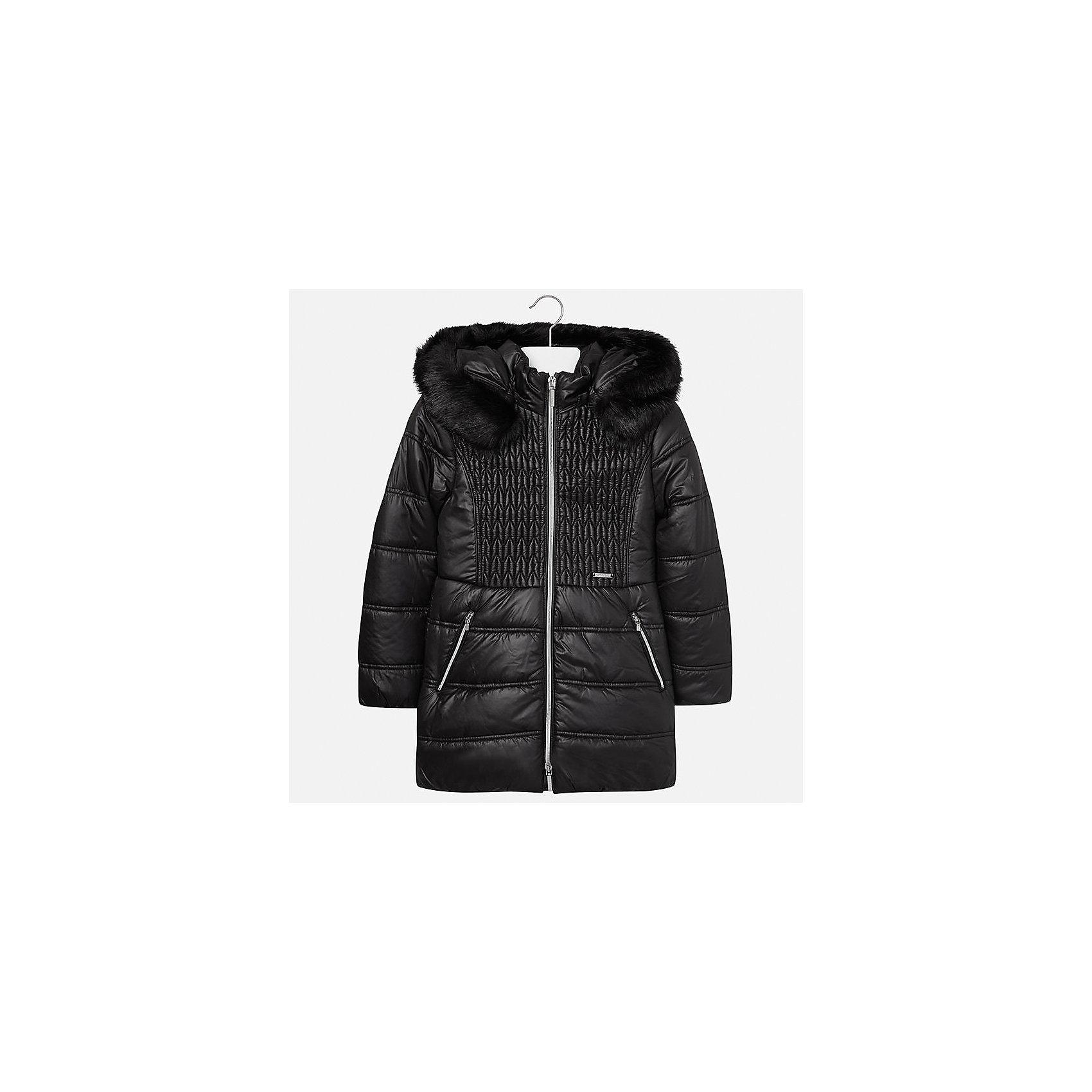 Куртка Mayoral для девочкиДемисезонные куртки<br>Характеристики товара:<br><br>• цвет: черный<br>• состав ткани: 100% полиэстер, подклад - 100% полиэстер, утеплитель - 100% полиэстер<br>• застежка: молния<br>• капюшон с опушкой<br>• сезон: зима<br>• температурный режим: от 0 до -10<br>• страна бренда: Испания<br>• страна изготовитель: Индия<br><br>Черная стильная куртка с опушкой для девочки от Майорал поможет обеспечить тепло и комфорт. Эффектная детская куртка отличается удлиненным силуэтом и наличием капюшона. <br><br>Детская одежда от испанской компании Mayoral отличаются оригинальным и всегда стильным дизайном. Качество продукции неизменно очень высокое.<br><br>Куртку для девочки Mayoral (Майорал) можно купить в нашем интернет-магазине.<br><br>Ширина мм: 356<br>Глубина мм: 10<br>Высота мм: 245<br>Вес г: 519<br>Цвет: черный<br>Возраст от месяцев: 168<br>Возраст до месяцев: 180<br>Пол: Женский<br>Возраст: Детский<br>Размер: 170,128/134,140,152,158,164<br>SKU: 6922122