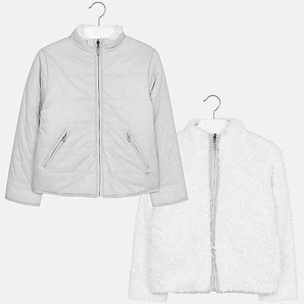 Куртка Mayoral для девочкиВерхняя одежда<br>Характеристики товара:<br><br>• цвет: белый<br>• состав ткани: 100% полиэстер, другая сторона - 100% полиамид, утеплитель - 100% полиэстер<br>• застежка: молния<br>• двусторонняя<br>• сезон: демисезон<br>• температурный режим: от -5 до +10<br>• страна бренда: Испания<br>• страна изготовитель: Индия<br><br>Двустороння куртка Mayoral с отделкой из искусственного меха соответствует новейшим тенденциям молодежной моды. Такая утепленная куртка поможет сделать образ стильным и оригинальным. <br><br>В одежде от испанской компании Майорал ребенок будет выглядеть модно, а чувствовать себя - комфортно. Целая команда европейских талантливых дизайнеров работает над созданием стильных и оригинальных моделей одежды.<br><br>Куртку для девочки Mayoral (Майорал) можно купить в нашем интернет-магазине.<br><br>Ширина мм: 356<br>Глубина мм: 10<br>Высота мм: 245<br>Вес г: 519<br>Цвет: белый/серый<br>Возраст от месяцев: 108<br>Возраст до месяцев: 120<br>Пол: Женский<br>Возраст: Детский<br>Размер: 140,164,170,158,152,128/134<br>SKU: 6922157