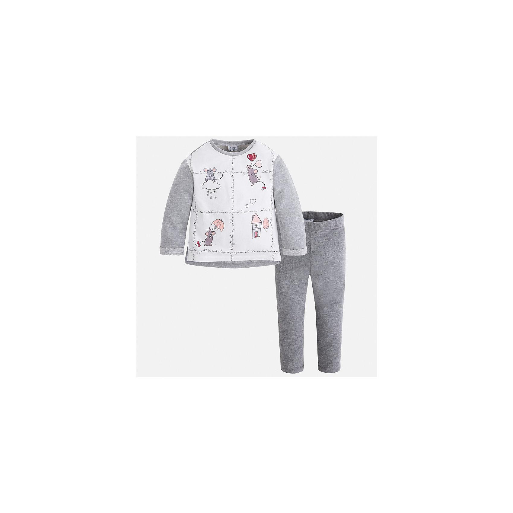 Комплект: футболка с длинным рукавом и леггинсы Mayoral для девочкиКомплекты<br>Характеристики товара:<br><br>• цвет: серый<br>• комплектация: футболка с длинным рукавом и леггинсы<br>• состав ткани леггинсов: 50% хлопок, 38% полиэстер, 9% металлизированное волокно, 3% эластан<br>• состав ткани футболки с длинным рукавом: 57% хлопок, 38% полиэстер, 5% эластан<br>• длинные рукава<br>• пояс: резинка<br>• сезон: круглый год<br>• страна бренда: Испания<br>• страна изготовитель: Индия<br><br>Мягкая футболка с длинным рукавом с принтом отлично сочетается с однотонными трикотажными леггинсами. Стильный детский комплект от известного испанского бренда Mayoral позволит обеспечить ребенку комфорт. <br><br>В одежде от испанской компании Майорал ребенок будет выглядеть модно, а чувствовать себя - комфортно. Целая команда европейских талантливых дизайнеров работает над созданием стильных и оригинальных моделей одежды.<br><br>Комплект: футболка с длинным рукавом и леггинсы для девочки Mayoral (Майорал) можно купить в нашем интернет-магазине.<br><br>Ширина мм: 123<br>Глубина мм: 10<br>Высота мм: 149<br>Вес г: 209<br>Цвет: серебряный<br>Возраст от месяцев: 96<br>Возраст до месяцев: 108<br>Пол: Женский<br>Возраст: Детский<br>Размер: 134,92,98,104,110,116,122,128<br>SKU: 6922670
