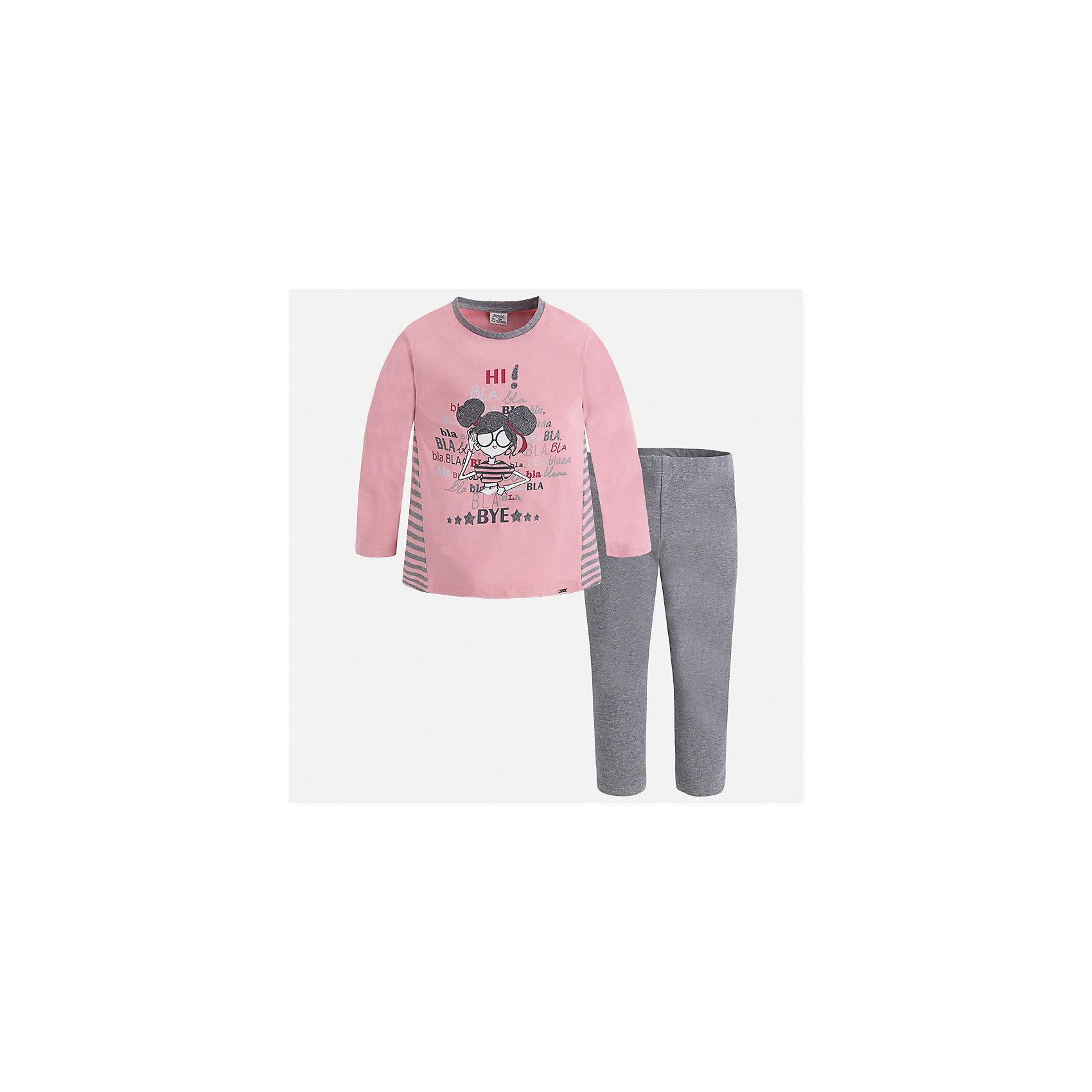 Комплект: футболка с длинным рукавом и леггинсы Mayoral для девочкиКомплекты<br>Характеристики товара:<br><br>• цвет: серый<br>• комплектация: футболка с длинным рукавом и леггинсы<br>• состав ткани леггинсов: 92% хлопок, 8% эластан<br>• состав ткани футболки с длинным рукавом: 60% хлопок, 32% полиэстер, 8% эластан<br>• длинные рукава<br>• пояс: резинка<br>• сезон: круглый год<br>• страна бренда: Испания<br>• страна изготовитель: Индия<br><br>Этот комплект поможет подарить ребенку комфорт. Детский комплект от известного бренда Майорал состоит из мягкой футболки с принтом и эластичных леггинсов. <br><br>Для производства детской одежды популярный бренд Mayoral использует только качественную фурнитуру и материалы. Оригинальные и модные вещи от Майорал неизменно привлекают внимание и нравятся детям.<br><br>Комплект: футболка с длинным рукавом для девочки Mayoral (Майорал) можно купить в нашем интернет-магазине.<br><br>Ширина мм: 123<br>Глубина мм: 10<br>Высота мм: 149<br>Вес г: 209<br>Цвет: серый<br>Возраст от месяцев: 84<br>Возраст до месяцев: 96<br>Пол: Женский<br>Возраст: Детский<br>Размер: 128,134,92,98,104,110,116,122<br>SKU: 6922855