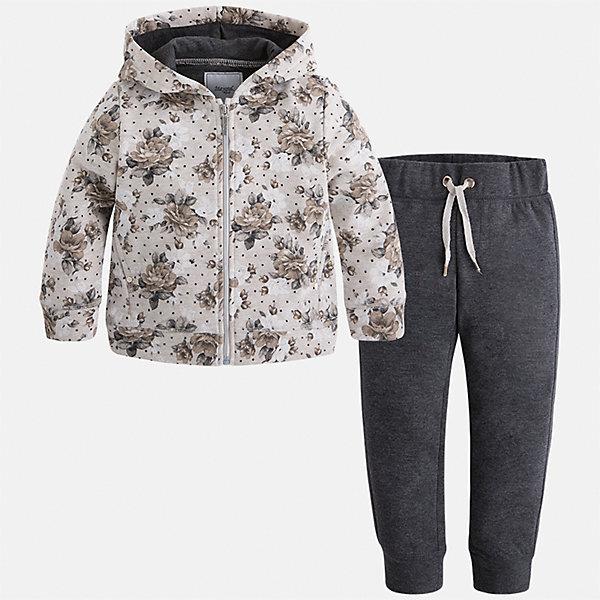 Спортивный костюм Mayoral для девочкиКомплекты<br>Характеристики товара:<br><br>• цвет: черный<br>• комплектация: курточка и брюки<br>• состав ткани курточки: 45% хлопок, 42% полиэстер, 13% металлизированная нить<br>• состав ткани брюк: 57% хлопок, 38% полиэстер, 5% эластан<br>• длинные рукава<br>• застежка: молния<br>• пояс: резинка и шнурок<br>• особенности модели: спортивный стиль<br>• сезон: круглый год<br>• страна бренда: Испания<br>• страна изготовитель: Китай<br><br>Удобный спортивный костюм - отличный вариант одежды для отдыха и занятий спортом. Курточка с капюшоном из этого комплекта украшена модным принтом. Удобный детский спортивный костюм от известного бренда Майорал выглядит аккуратно и стильно. <br><br>В одежде от испанской компании Майорал ребенок будет выглядеть модно, а чувствовать себя - комфортно. Целая команда европейских талантливых дизайнеров работает над созданием стильных и оригинальных моделей одежды.<br><br>Спортивный костюм для девочки Mayoral (Майорал) можно купить в нашем интернет-магазине.<br><br>Ширина мм: 247<br>Глубина мм: 16<br>Высота мм: 140<br>Вес г: 225<br>Цвет: серый<br>Возраст от месяцев: 18<br>Возраст до месяцев: 24<br>Пол: Женский<br>Возраст: Детский<br>Размер: 92,134,128,122,116,110,104,98<br>SKU: 6922921
