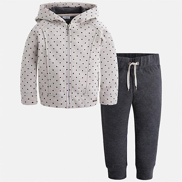 Спортивный костюм Mayoral для девочкиСпортивная форма<br>Характеристики товара:<br><br>• цвет: черный<br>• комплектация: курточка и брюки<br>• состав ткани курточки: 45% хлопок, 42% полиэстер, 13% металлизированная нить<br>• состав ткани брюк: 57% хлопок, 38% полиэстер, 5% эластан<br>• длинные рукава<br>• застежка: молния<br>• пояс: резинка и шнурок<br>• особенности модели: спортивный стиль<br>• сезон: круглый год<br>• страна бренда: Испания<br>• страна изготовитель: Индия<br><br>Детский спортивный костюм от известного бренда Майорал выглядит аккуратно и стильно. Удобный спортивный костюм - отличный вариант одежды для отдыха и занятий спортом, он состоит из брюк и курточки с капюшоном.<br><br>В одежде от испанской компании Майорал ребенок будет выглядеть модно, а чувствовать себя - комфортно. Целая команда европейских талантливых дизайнеров работает над созданием стильных и оригинальных моделей одежды.<br><br>Спортивный костюм для девочки Mayoral (Майорал) можно купить в нашем интернет-магазине.<br><br>Ширина мм: 247<br>Глубина мм: 16<br>Высота мм: 140<br>Вес г: 225<br>Цвет: темно-серый<br>Возраст от месяцев: 24<br>Возраст до месяцев: 36<br>Пол: Женский<br>Возраст: Детский<br>Размер: 98,92,134,128,122,116,110,104<br>SKU: 6922948