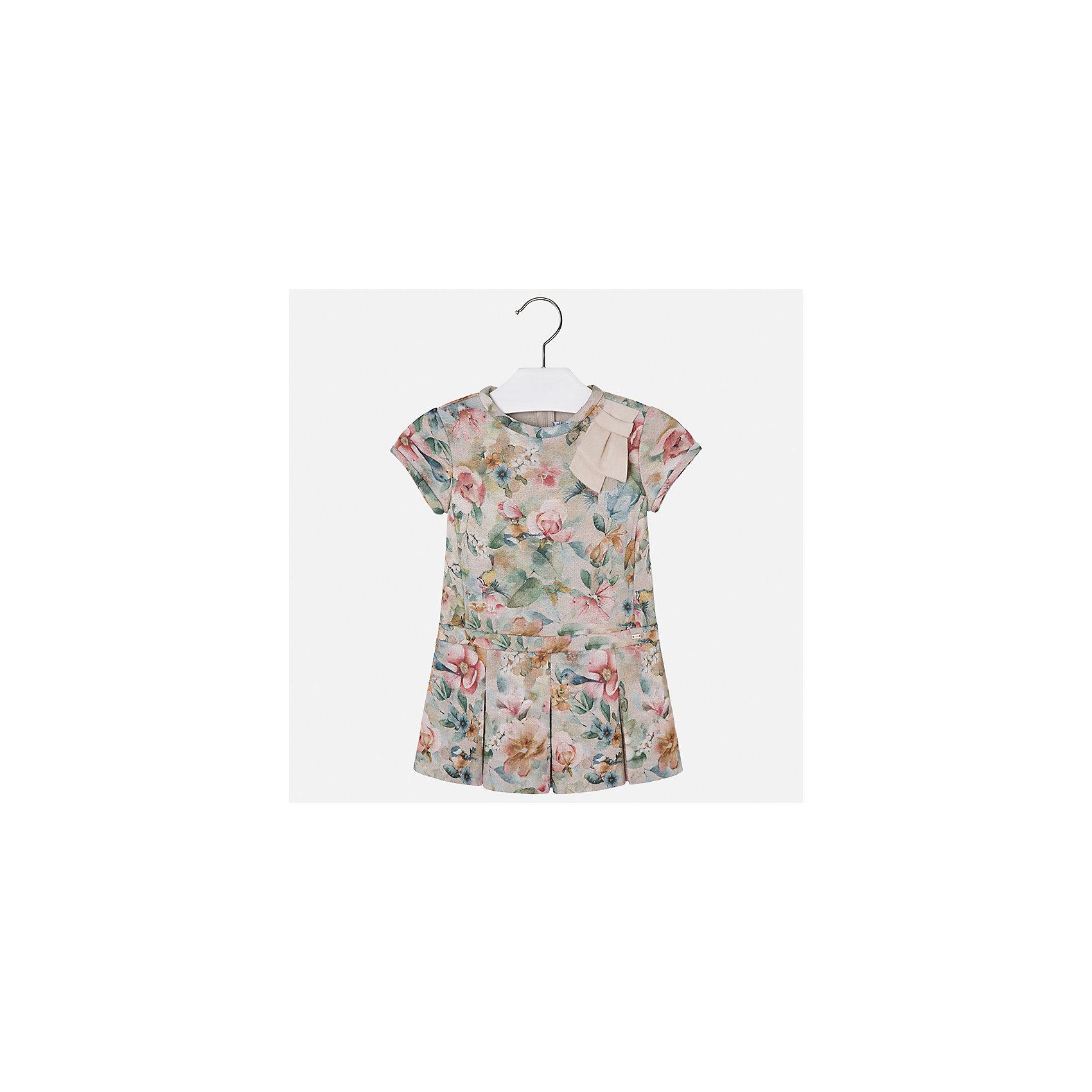 Платье Mayoral для девочкиОдежда<br>Характеристики товара:<br><br>• цвет: коричневый<br>• состав ткани: 85% хлопок, 15% полиэстер<br>• сезон: круглый год<br>• короткие рукава<br>• застежка: молния<br>• страна бренда: Испания<br>• страна изготовитель: Индия<br><br>Стильное детское платье от бренда Майорал поможет девочке выглядеть красиво и чувствовать себя комфортно. Такое детское платье отличается интересным фасоном и отделкой. <br><br>Для производства детской одежды популярный бренд Mayoral использует только качественную фурнитуру и материалы. Оригинальные и модные вещи от Майорал неизменно привлекают внимание и нравятся детям.<br><br>Платье для девочки Mayoral (Майорал) можно купить в нашем интернет-магазине.<br><br>Ширина мм: 236<br>Глубина мм: 16<br>Высота мм: 184<br>Вес г: 177<br>Цвет: коричневый<br>Возраст от месяцев: 96<br>Возраст до месяцев: 108<br>Пол: Женский<br>Возраст: Детский<br>Размер: 134,92,98,104,110,116,122,128<br>SKU: 6923392