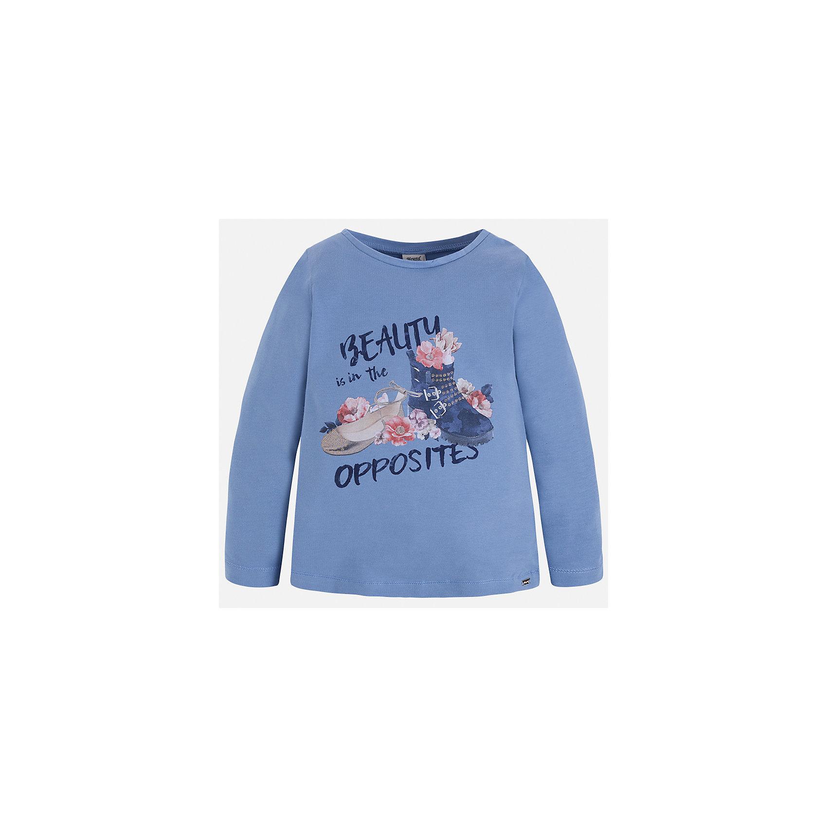 Футболка с длинным рукавом Mayoral для девочкиФутболки с длинным рукавом<br>Характеристики товара:<br><br>• цвет: сиреневый<br>• состав ткани: 95% хлопок, 5% эластан<br>• сезон: круглый год<br>• длинные рукава<br>• страна бренда: Испания<br>• страна изготовитель: Индия<br><br>Сиреневая футболка от Майорал - это пример отличного вкуса. Она хорошо сочетается с другими демократичными вещами. Эта принтованная футболка с длинным рукавом обеспечит девочке комфорт и модный внешний вид. <br><br>В одежде от испанской компании Майорал ребенок будет выглядеть модно, а чувствовать себя - комфортно. Целая команда европейских талантливых дизайнеров работает над созданием стильных и оригинальных моделей одежды.<br><br>Футболку с длинным рукавом для девочки Mayoral (Майорал) можно купить в нашем интернет-магазине.<br><br>Ширина мм: 230<br>Глубина мм: 40<br>Высота мм: 220<br>Вес г: 250<br>Цвет: лиловый<br>Возраст от месяцев: 36<br>Возраст до месяцев: 48<br>Пол: Женский<br>Возраст: Детский<br>Размер: 104,110,116,122,128,134,92,98<br>SKU: 6923919