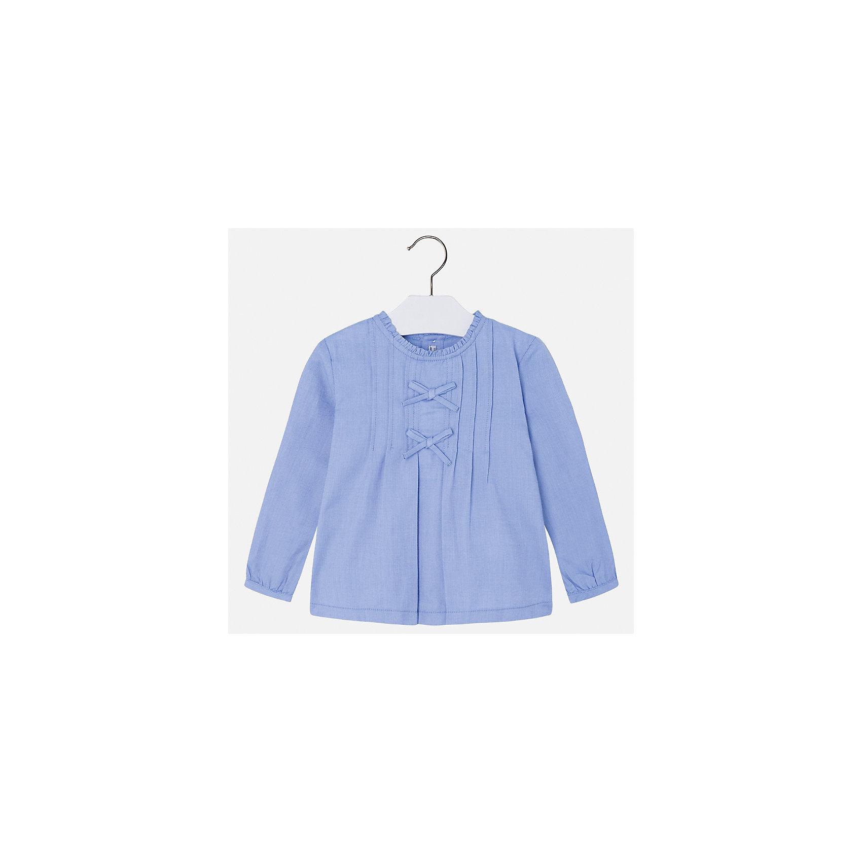 Рубашка Mayoral для девочкиБлузки и рубашки<br>Характеристики товара:<br><br>• цвет: голубой<br>• состав ткани: 100% хлопок<br>• сезон: круглый год<br>• застежка: пуговицы<br>• длинные рукава<br>• страна бренда: Испания<br>• страна изготовитель: Индия<br><br>Модная блузка отличается свободным силуэтом и интересной отделкой. Стильная блузка для девочки от бренда Майорал поможет девочке выглядеть модно и чувствовать себя комфортно. <br><br>Для производства детской одежды популярный бренд Mayoral использует только качественную фурнитуру и материалы. Оригинальные и модные вещи от Майорал неизменно привлекают внимание и нравятся детям.<br><br>Блузку для девочки Mayoral (Майорал) можно купить в нашем интернет-магазине.<br><br>Ширина мм: 186<br>Глубина мм: 87<br>Высота мм: 198<br>Вес г: 197<br>Цвет: голубой<br>Возраст от месяцев: 96<br>Возраст до месяцев: 108<br>Пол: Женский<br>Возраст: Детский<br>Размер: 134,104,110,116,122,128<br>SKU: 6923953